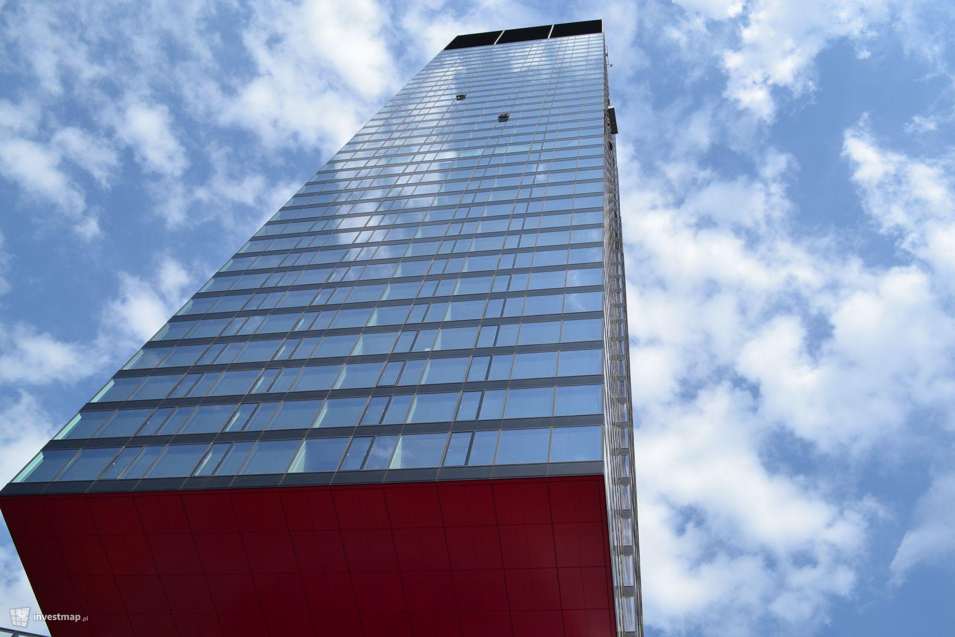 Wieżowiec Cosmopolitan Twarda 2/4 (Twarda Tower)
