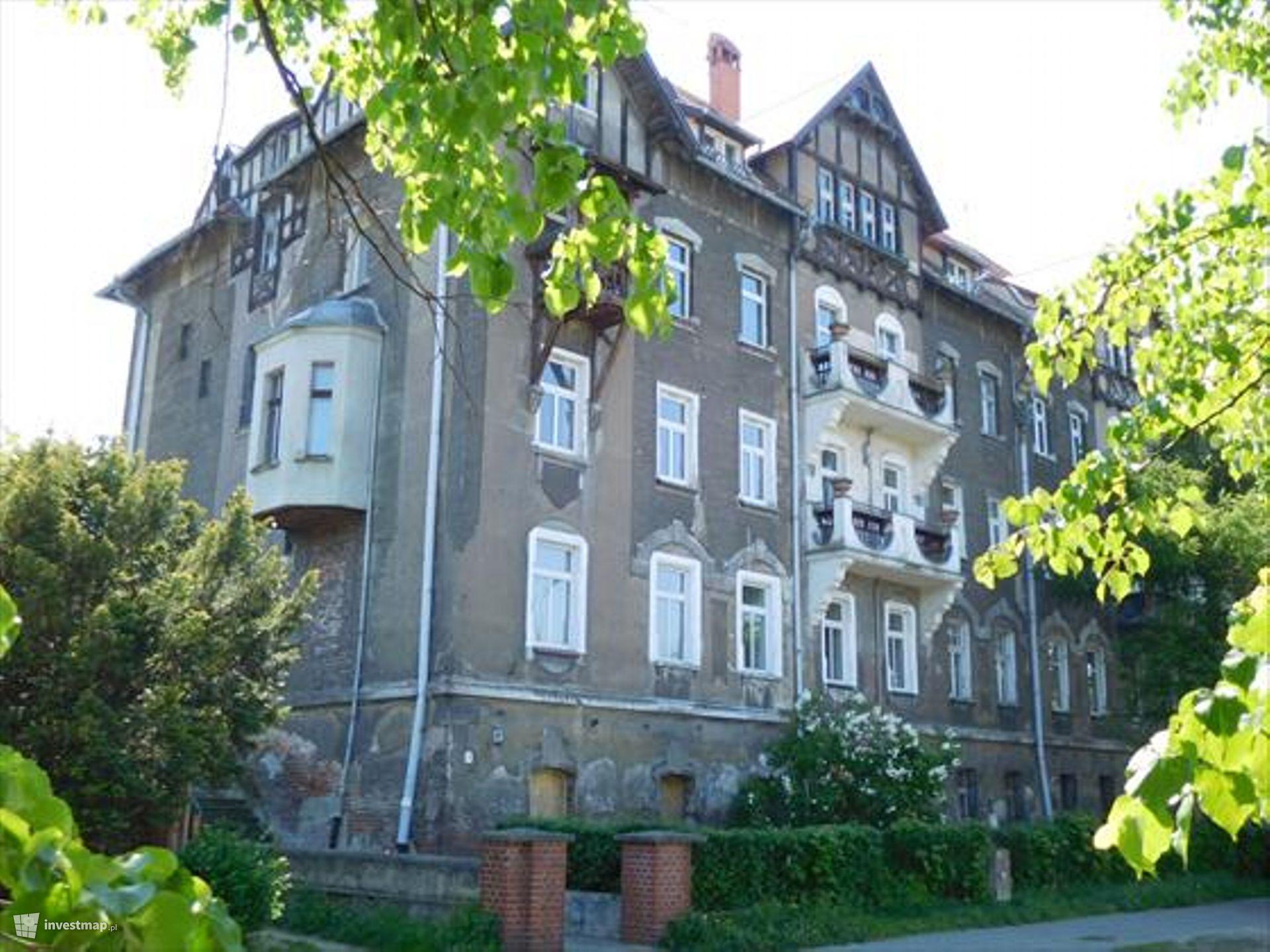Remont budynku, ul. Śniadeckich 47