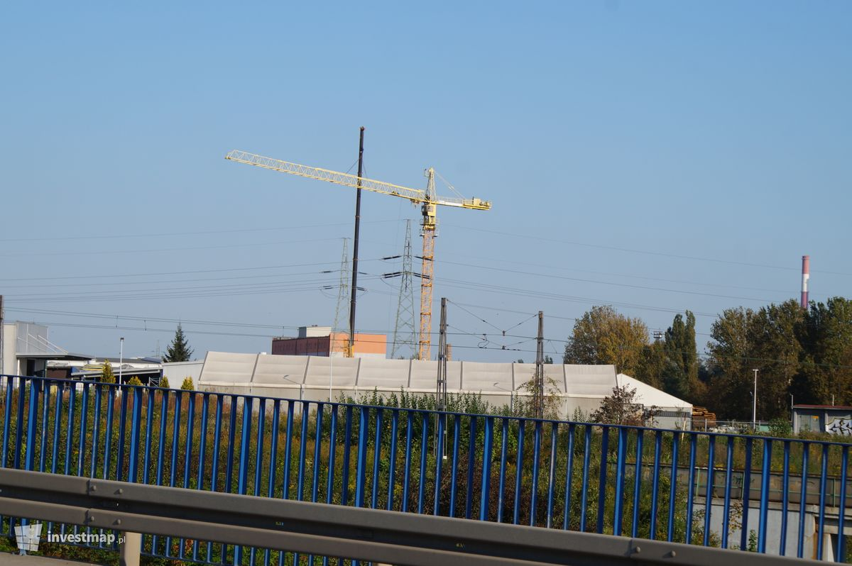 Zdjęcie Biurowiec, ul. Łowińskiego 7 fot. Damian Daraż