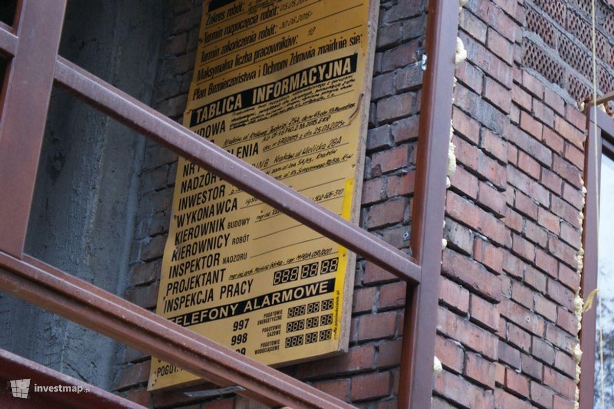 Zdjęcie Przebudowa Budynku Mieszkalnego, ul Królowej Jadwigi 25A fot. Damian Daraż
