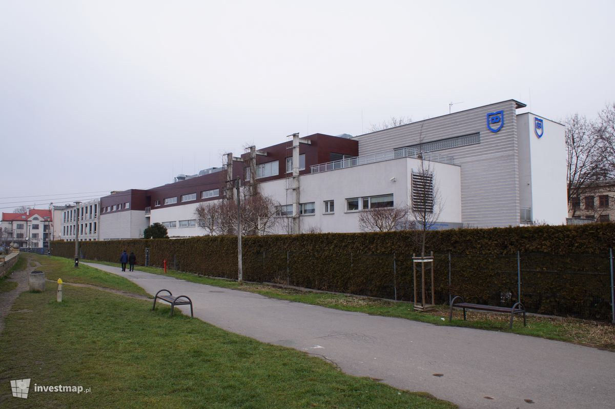 Zdjęcie Szkoła Podstawowa, ul. Senatorska 39 fot. Damian Daraż