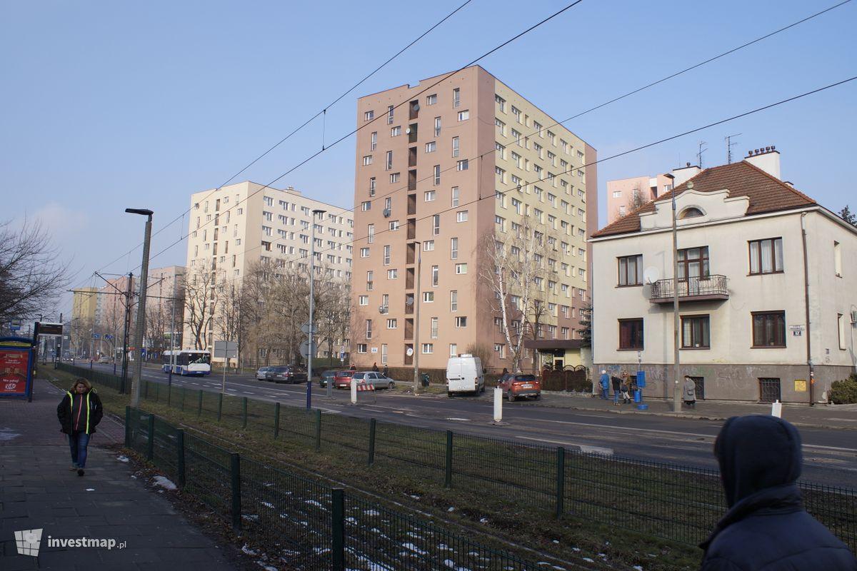 Zdjęcie Remont elewacji, ul. Bronowicka 71 fot. Damian Daraż