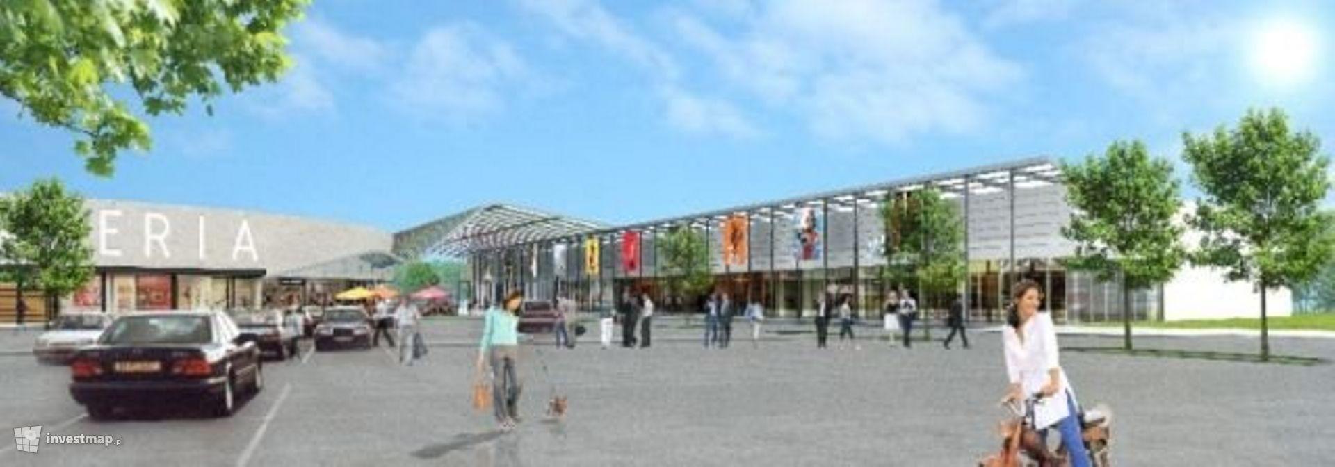 Centrum handlowe, ul. 11 Listopada/Kukułek