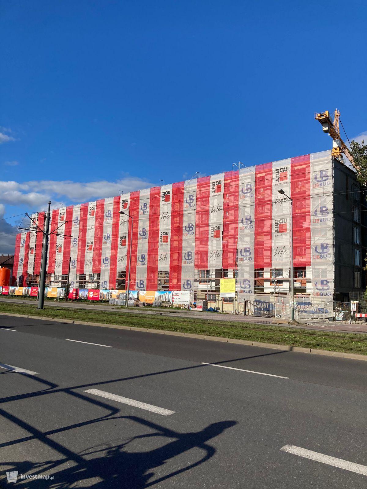 Zdjęcie Budynek Mieszkalny, ul. Klimeckiego 10 fot. GregK