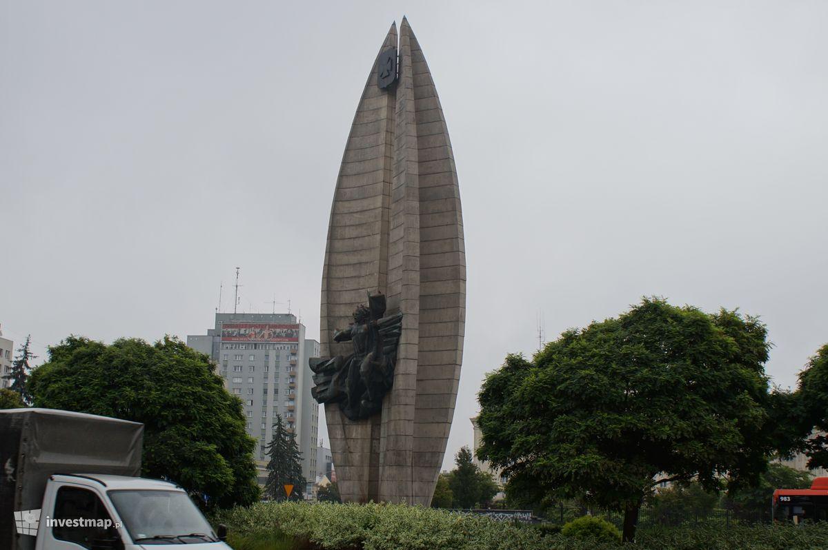 Zdjęcie Pomnik Czynu Rewolucyjnego fot. Damian Daraż