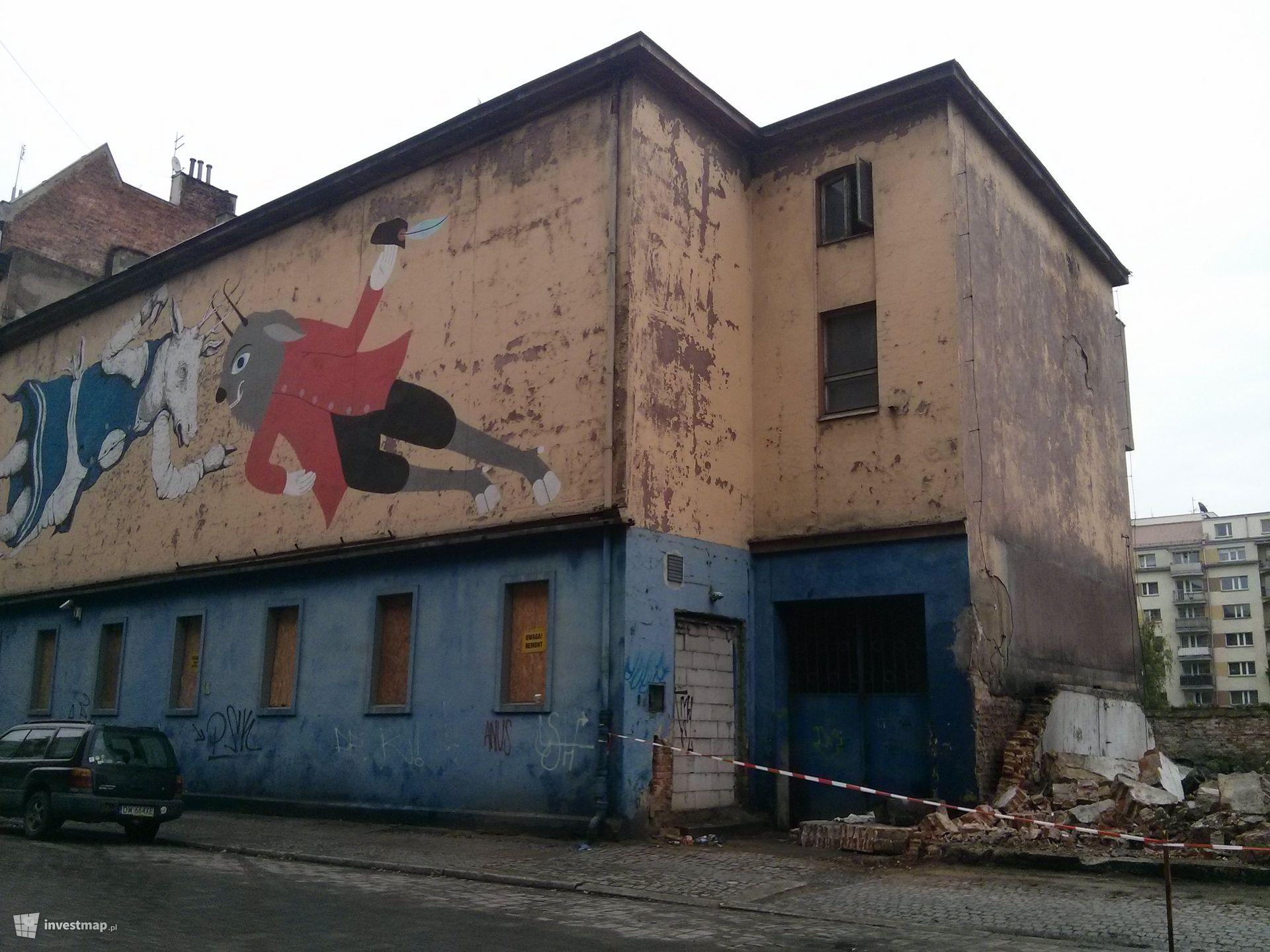 Budynek wielorodzinny w miejscu Kina Polonia