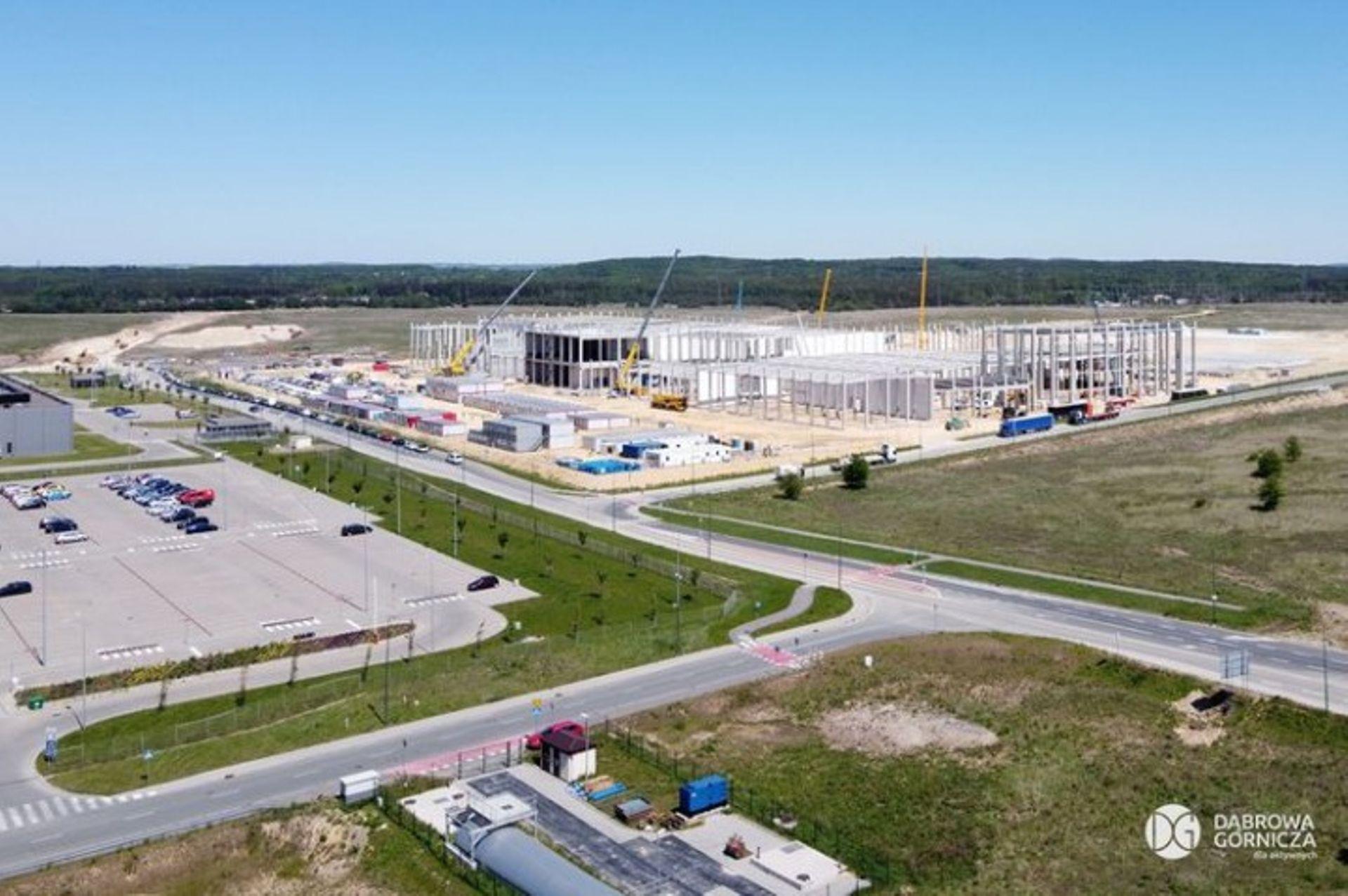 Koreański koncern SK zainwestuje kolejne półtora miliarda złotych w Dąbrowie Górniczej