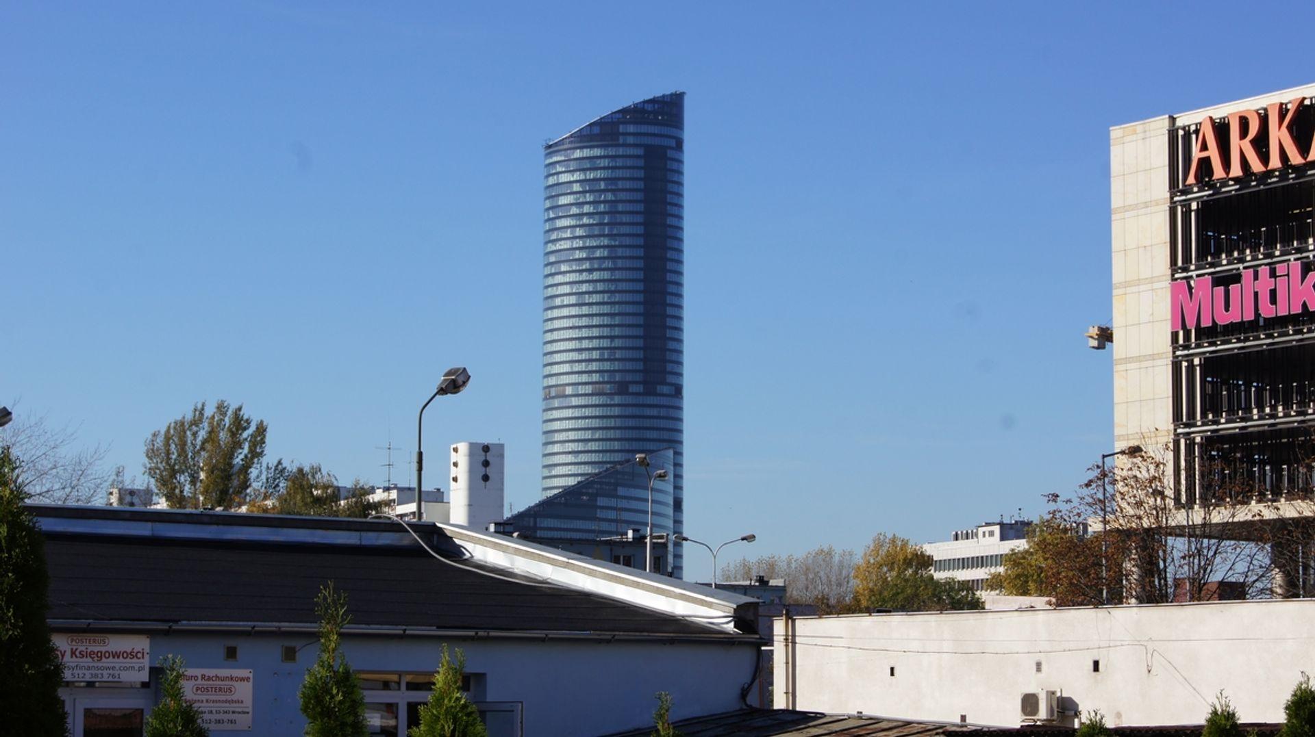 [Wrocław] Sky Tower – nowa stacja Wrocławskiego Roweru Miejskiego przy najwyższym budynku w Polsce