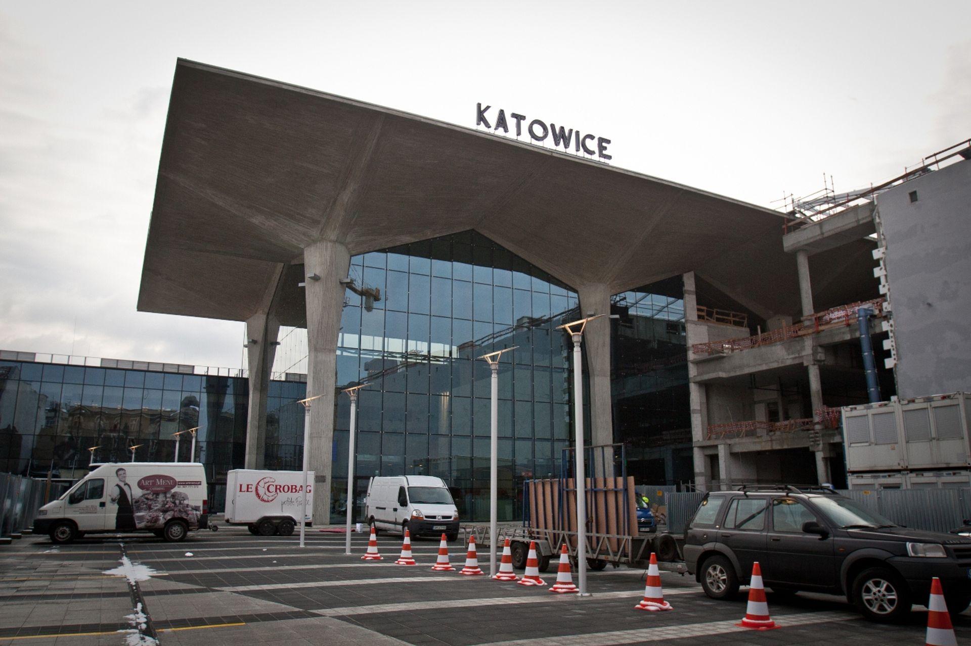 [Katowice] W Katowicach otwarto jeden z najnowocześniejszych dworców w kraju