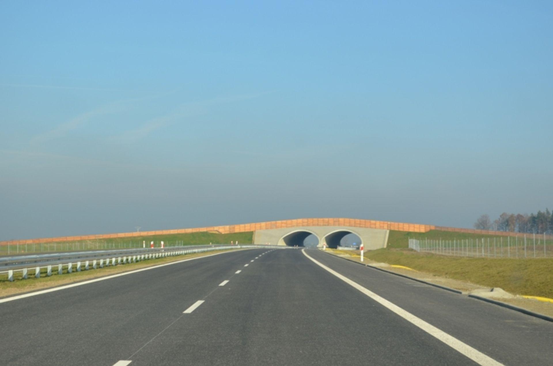 [Wrocław] Z Unii Europejskiej popłyną pieniądze na budowę drogi S3 do czeskiej granicy