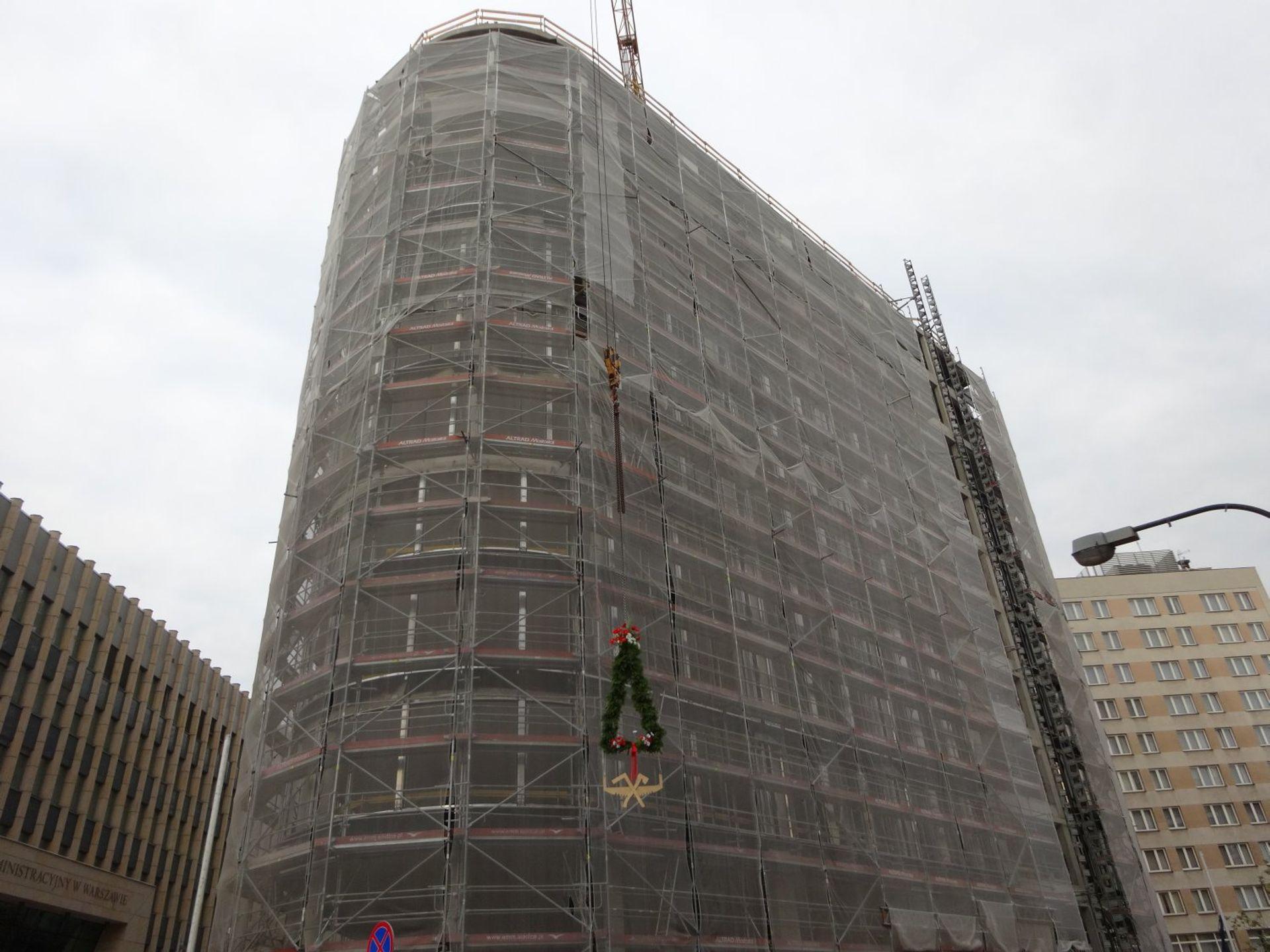 [Warszawa] Strabag Real Estate świętuje zawieszenie wiechy na budynku Astoria Premium Offices