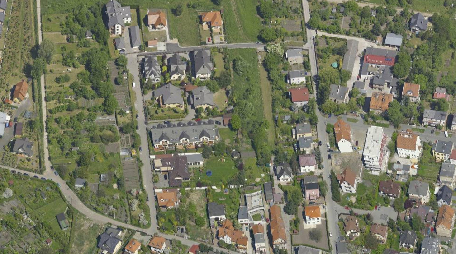 Wrocław: Miejska działka na Klecinie sprzedana. Inwestycji mieszkaniowych w okolicy przybywa