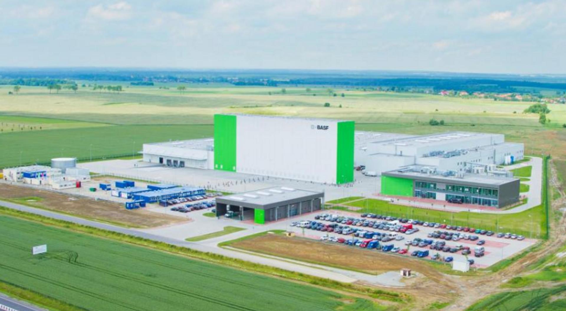 BASF rozbuduje za ponad 362 mln zł fabrykę katalizatorów samochodowych pod Wrocławiem