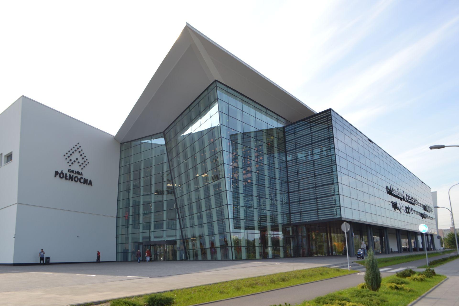[Aglomeracja Warszawska] Warszawski rynek handlowy stawia na usługi i rozrywkę