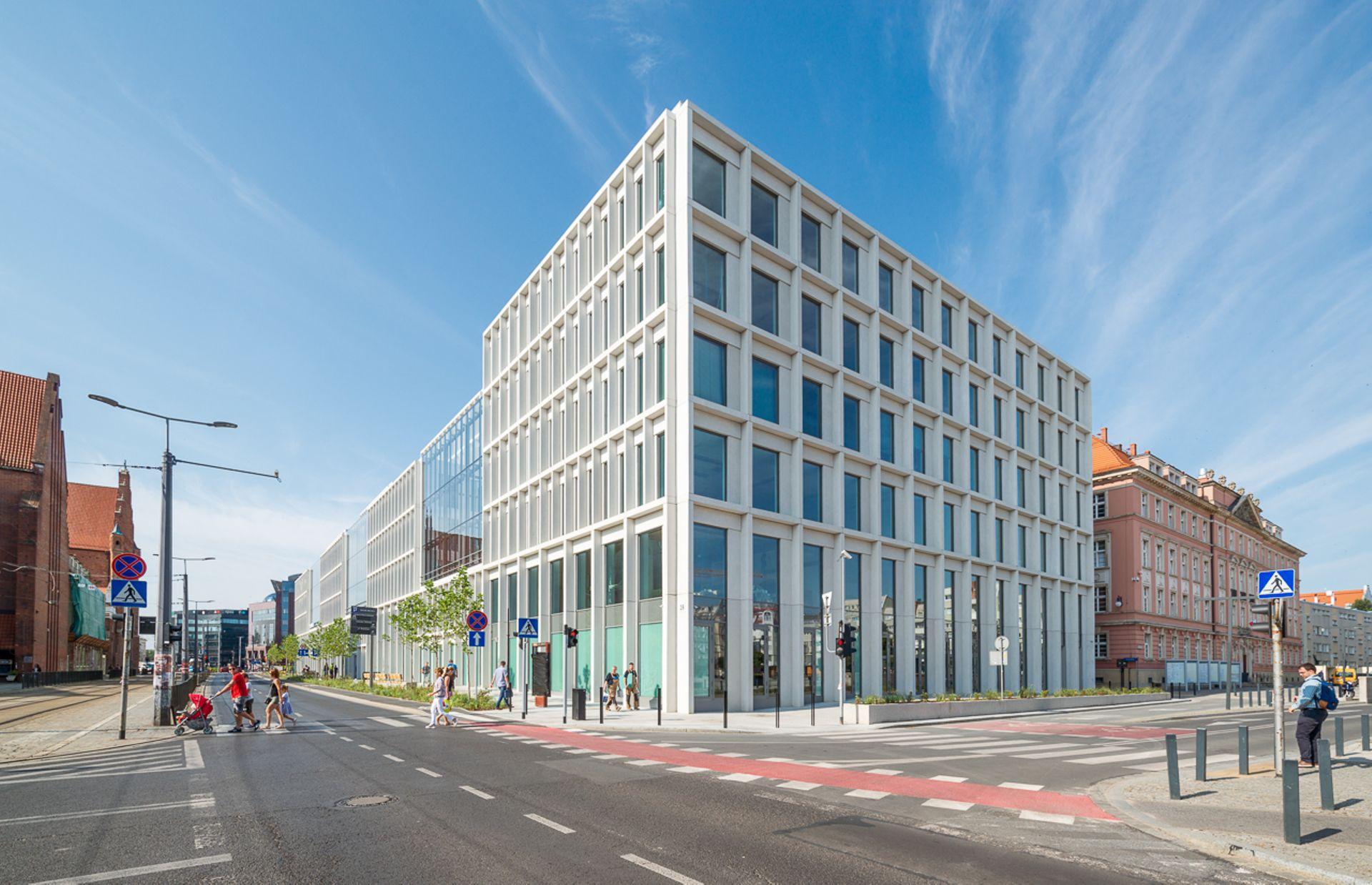 [Polska] Skanska sprzedaje trzy budynki biurowe we Wrocławiu i Krakowie
