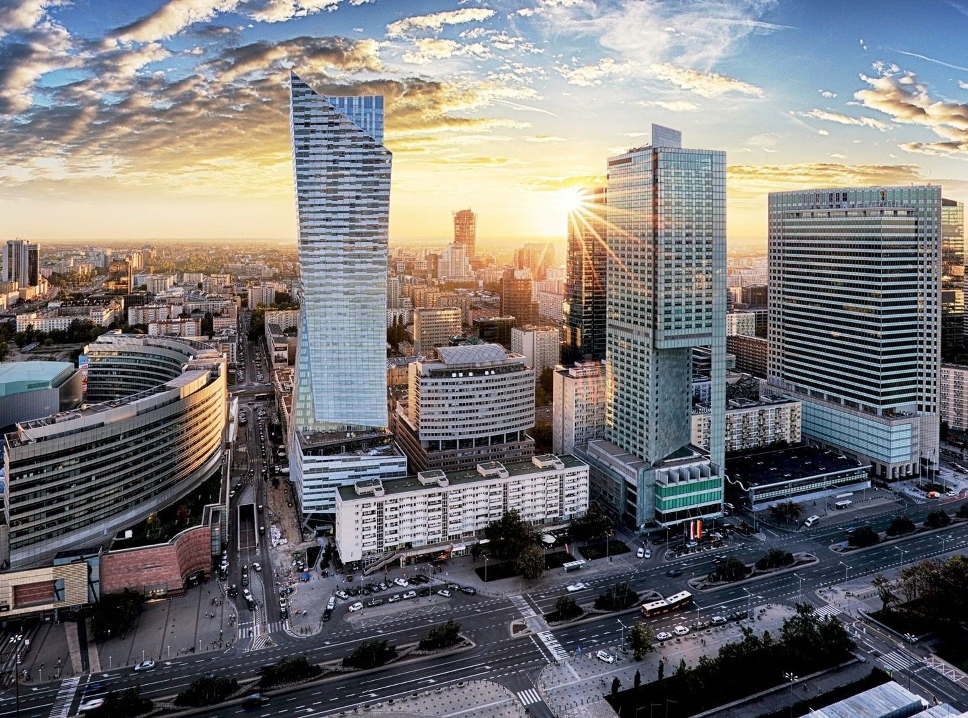 [Warszawa] Warszawskie centrum przyciąga najlepsze projekty