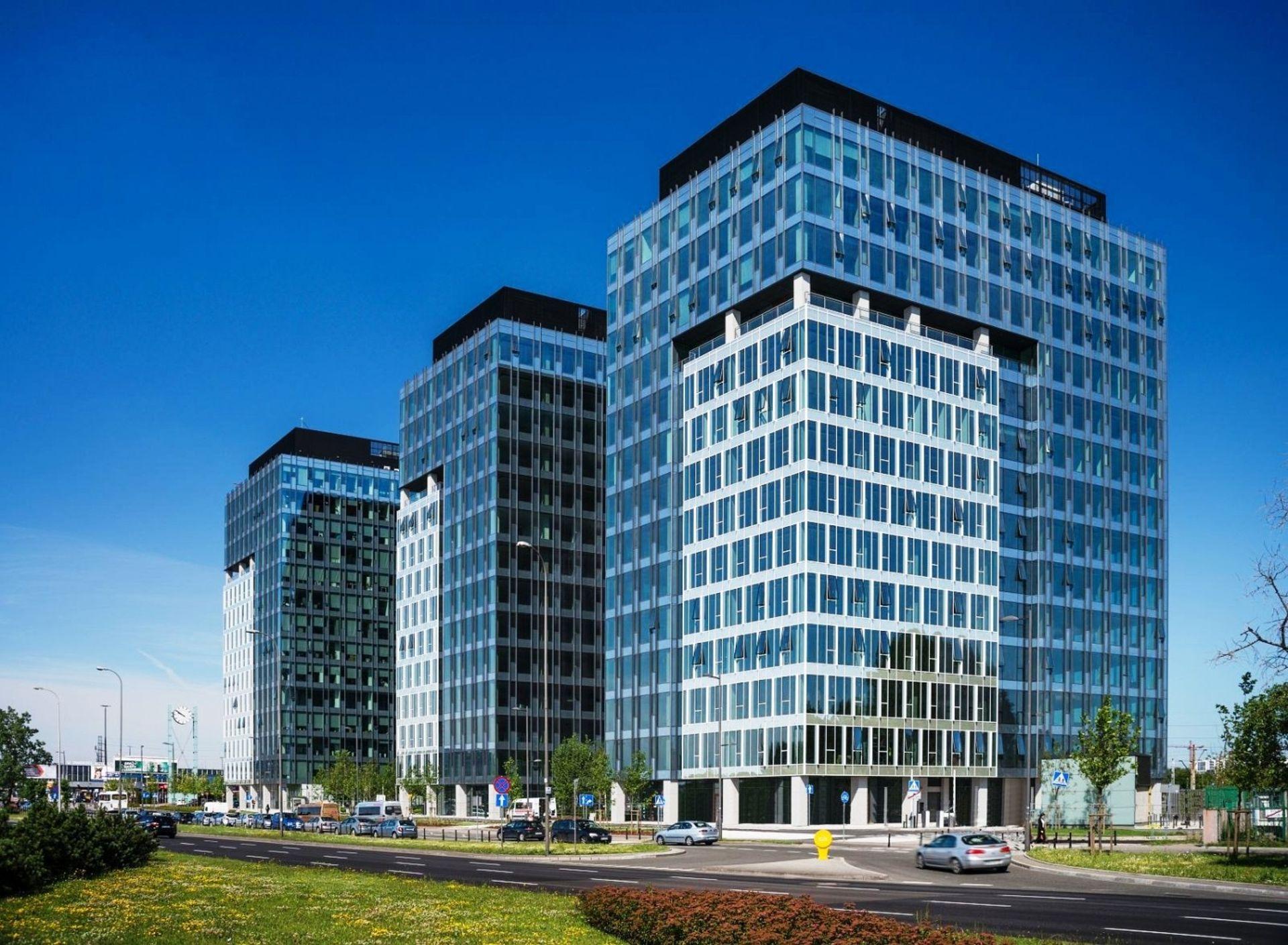 [Warszawa] Towarzystwa ubezpieczeniowe wynajmują biura w West Station II w Warszawie
