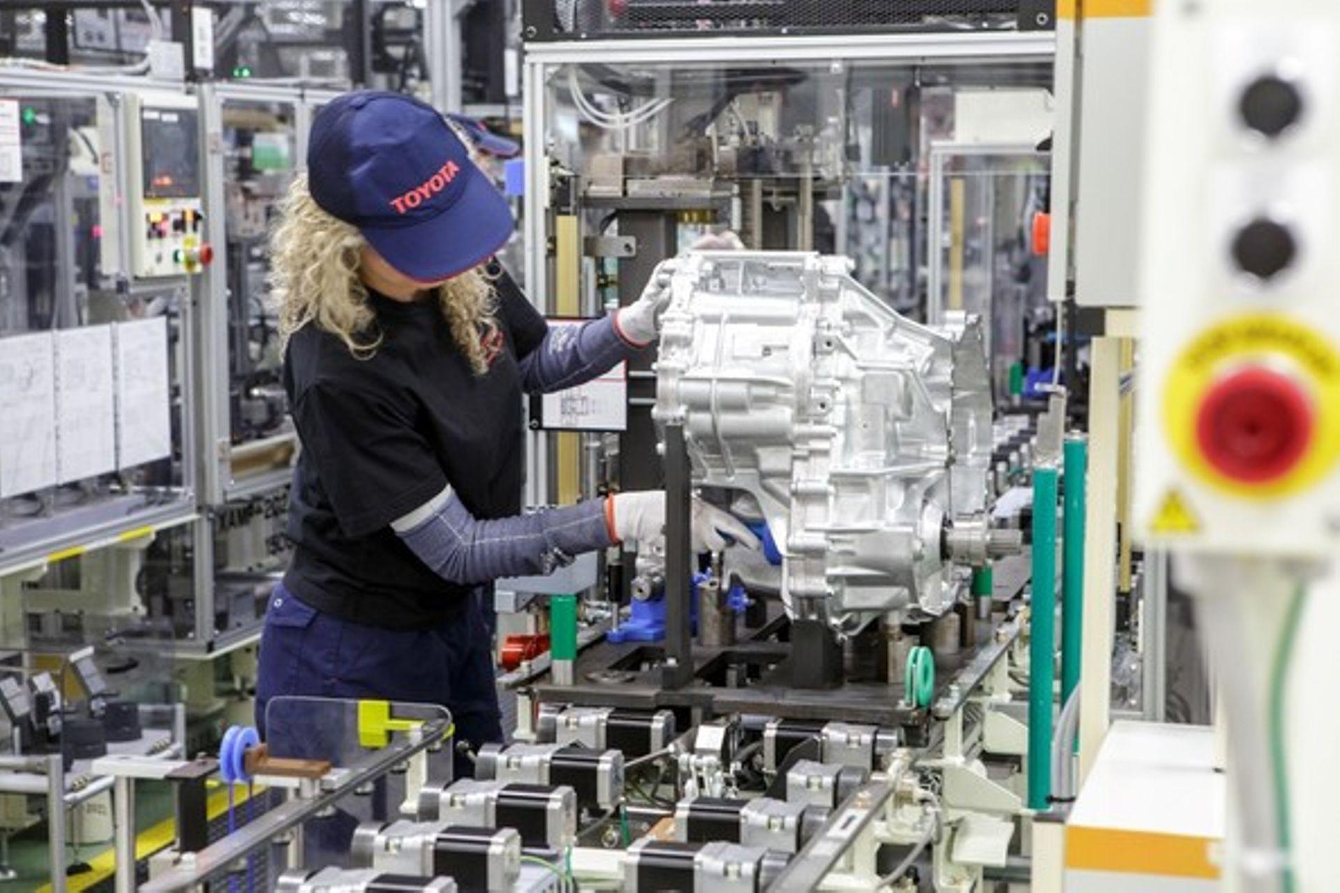 Toyota rozpoczyna produkcję przekładni hybrydowych w fabryce w Wałbrzychu