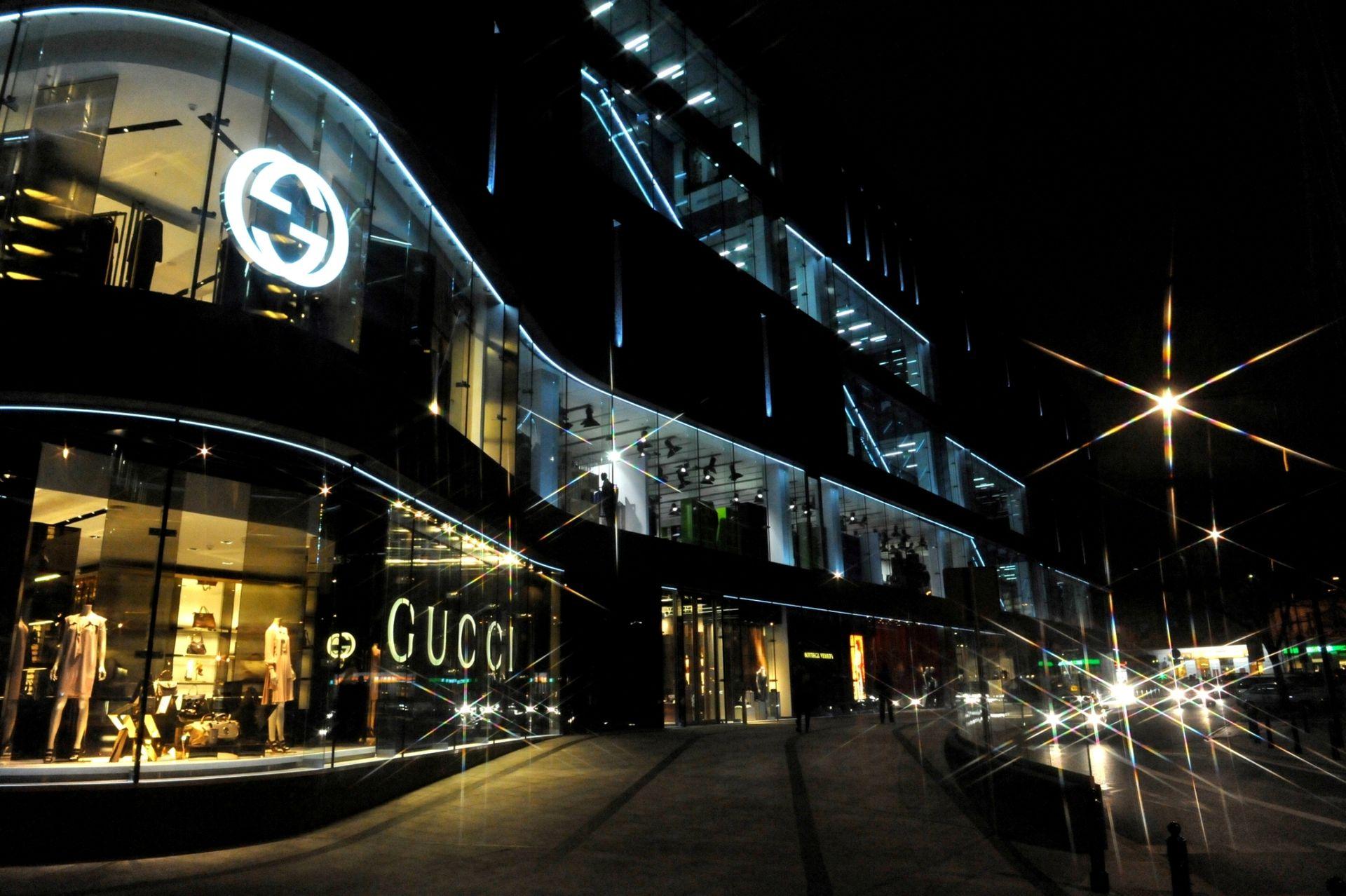 [Warszawa] Są już w Warszawie. Znane międzynarodowe marki otworzyły pierwsze sklepy w stolicy