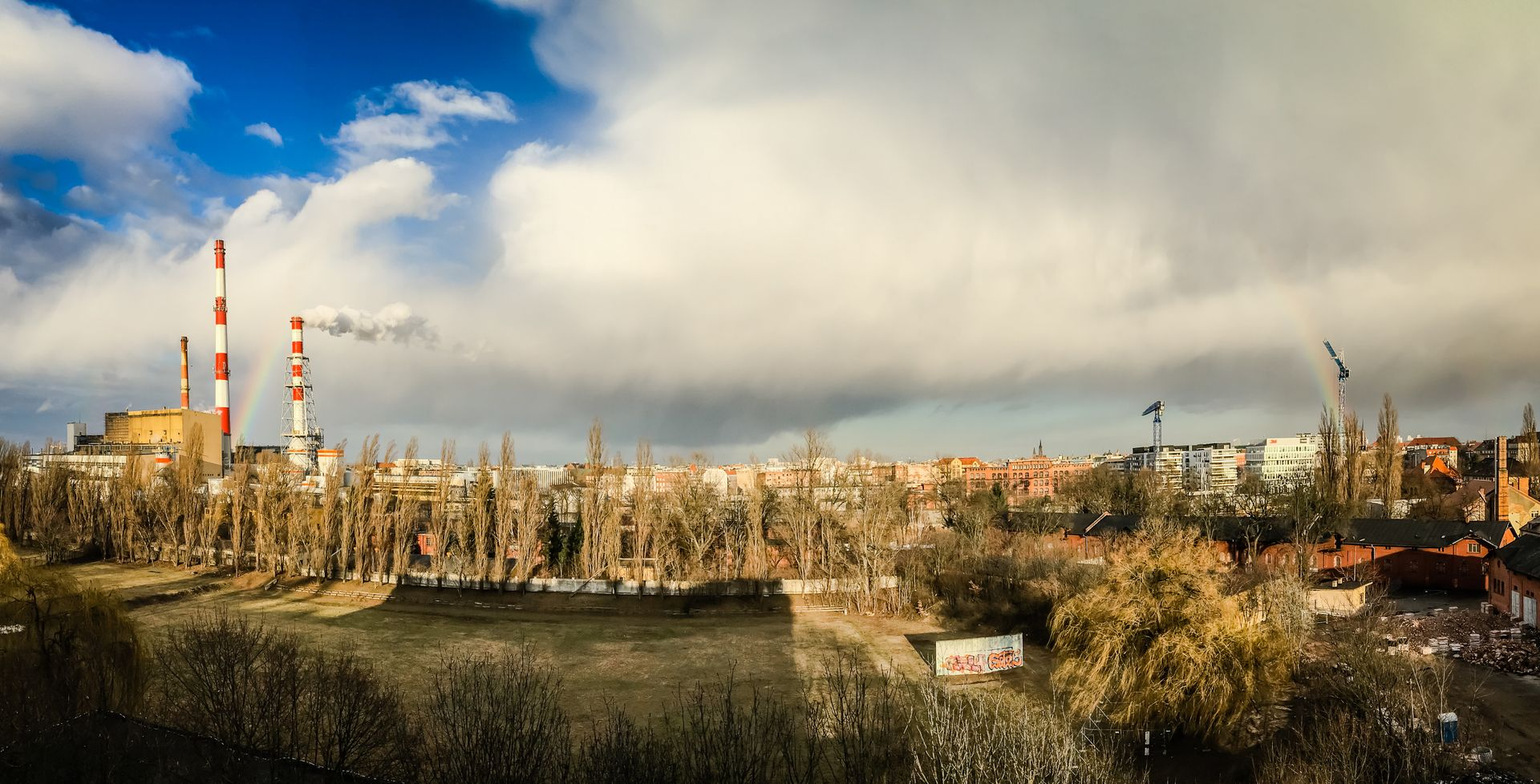 Wrocław: Mieszkańcy chcą parku na Kępie Mieszczańskiej. Na razie powstają kolejne osiedla