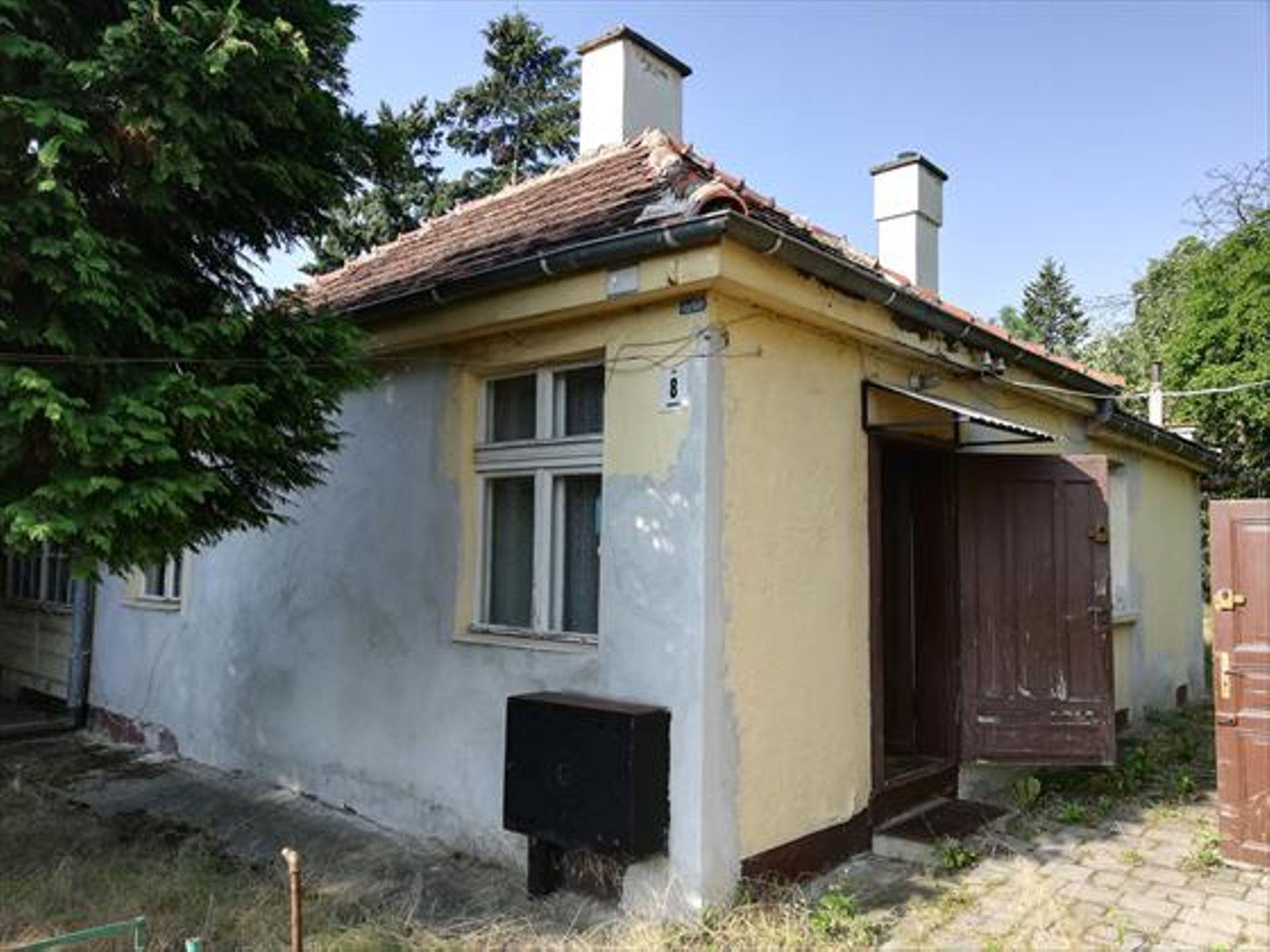 Wrocław: Siedmiu chętnych i prawie siedem milionów złotych. Zniszczony dom na Wielkiej Wyspie sprzedany