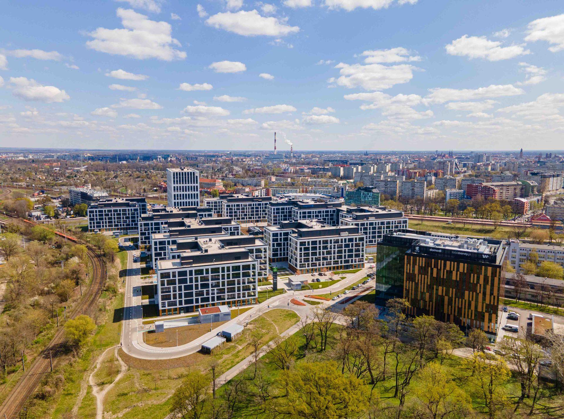 Rynek powierzchni biurowych w ośmiu największych miastach w Polsce poza Warszawą