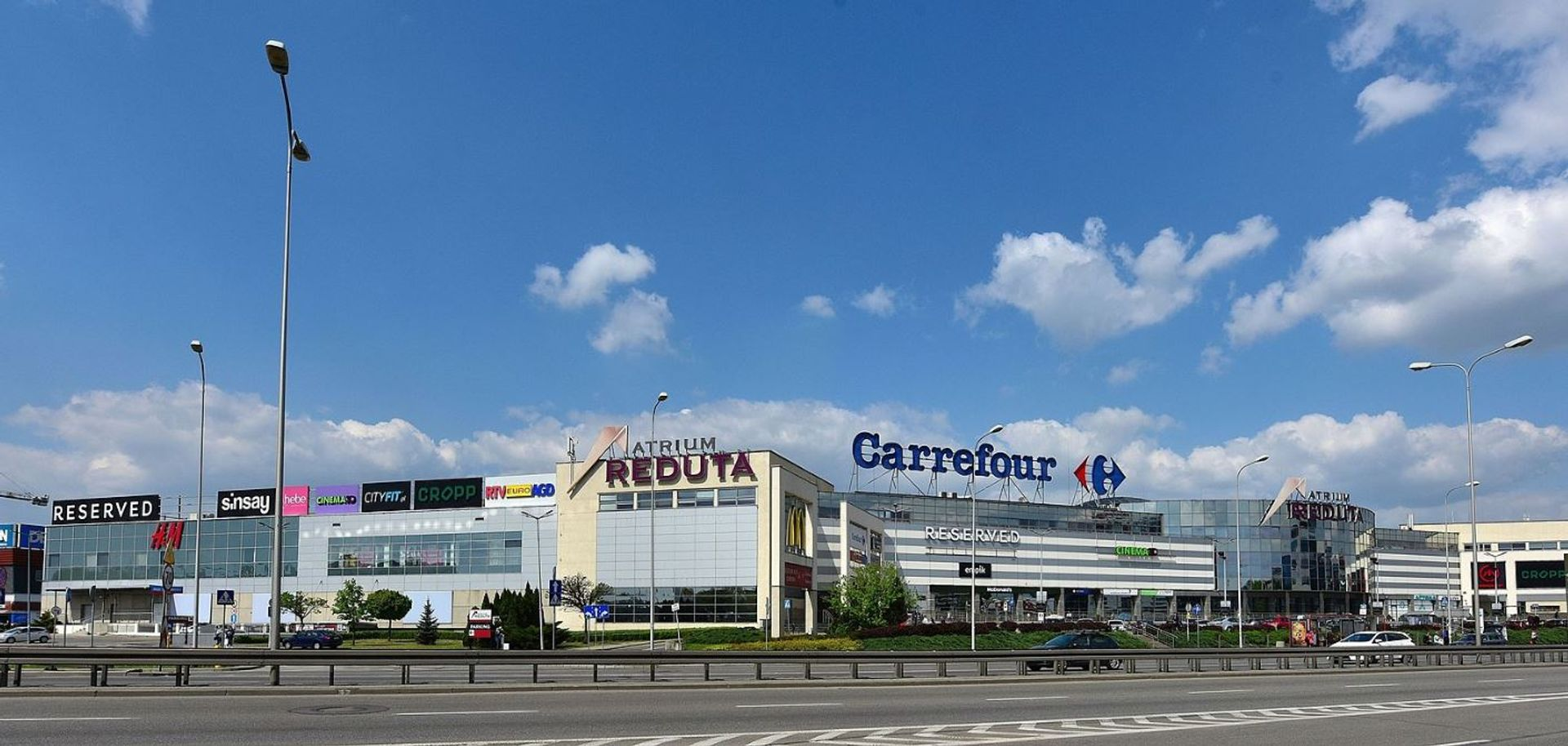 Trzy duże centra handlowe w Warszawie do wyburzenia?