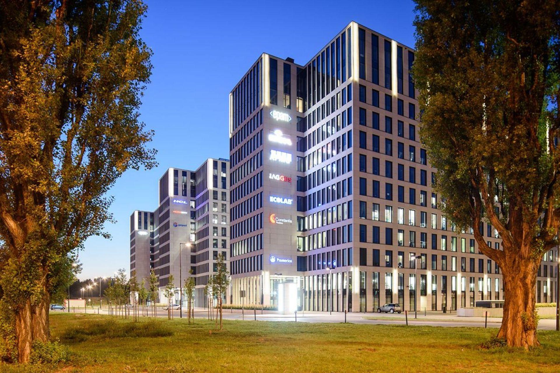 Dwie duże zagraniczne firmy przedłużyły umowy najmu w dwóch krakowskich biurowcach