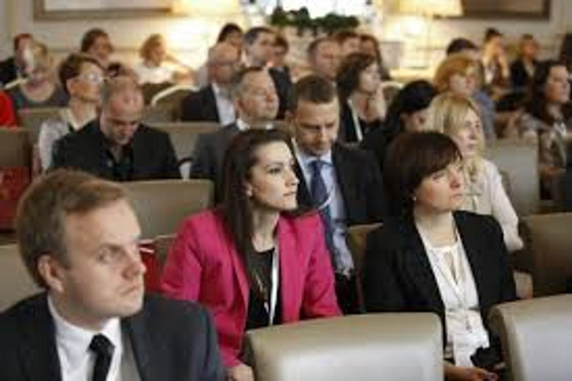 [Polska] Recesja czy boom? Co czeka rynek biurowy po 2016 roku