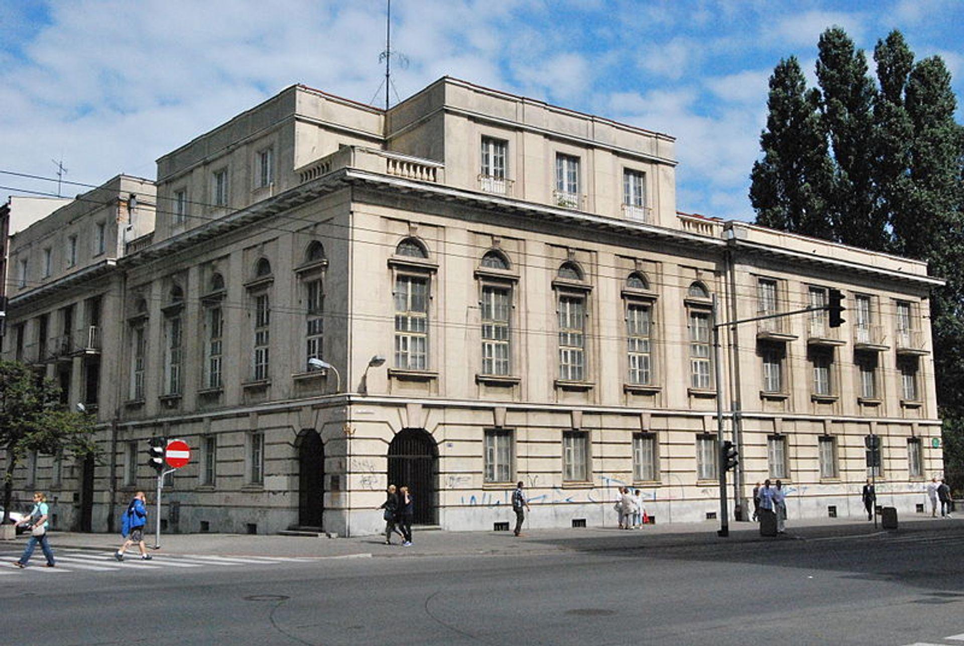 [Gdynia] Luksusowy hotel w zabytkowym Banku Polskim w Gdyni