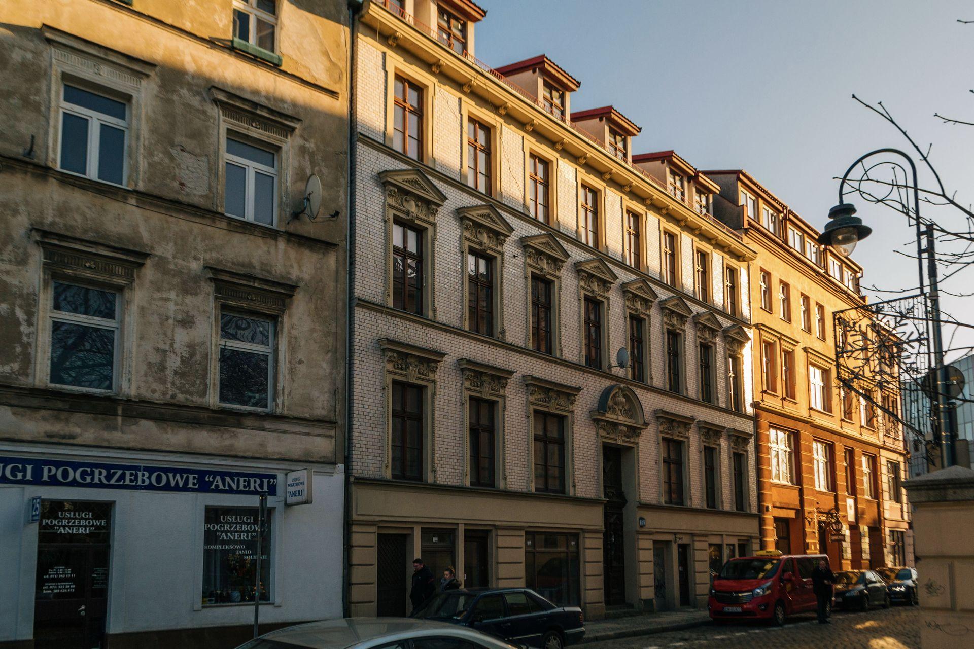 [Wrocław] Zabytkowa kamienica przy Włodkowica znów idzie pod młotek