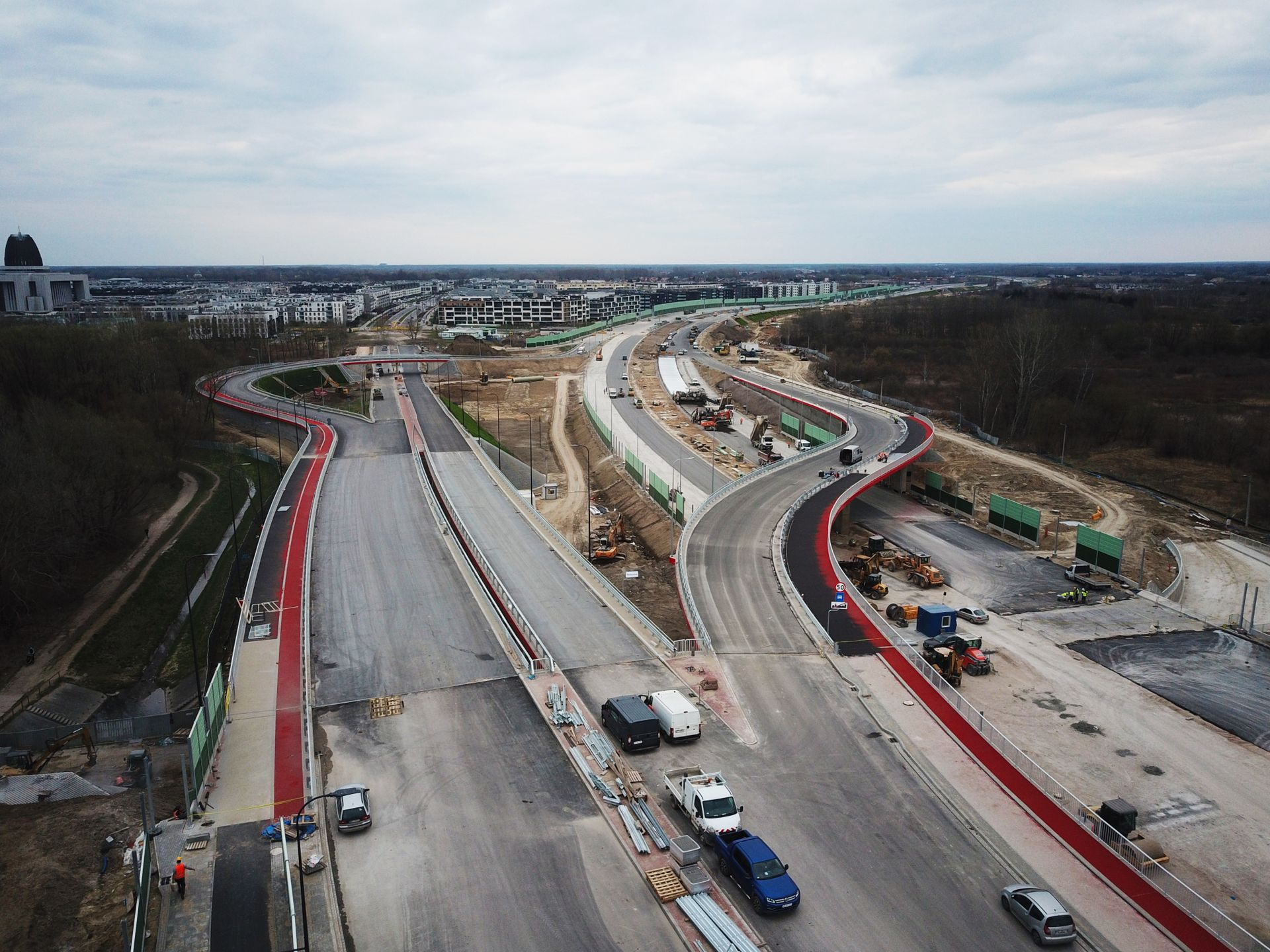Trwa budowa Południowej Obwodnicy Warszawy w ciągu drogi ekspresowej S2 [ZDJĘCIA + FILM]