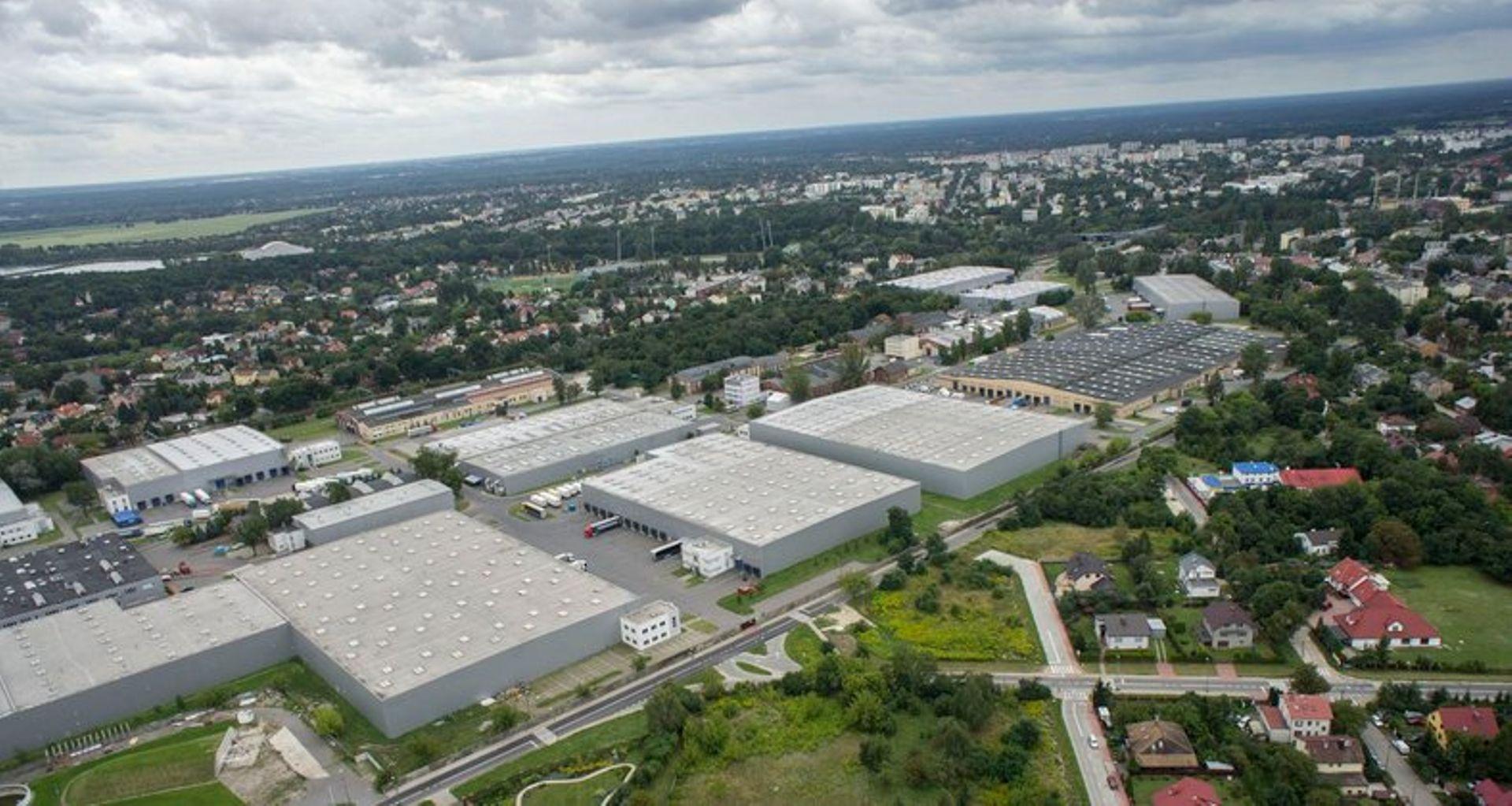 [mazowieckie] Kolejne firmy zostają w MLP Pruszków I