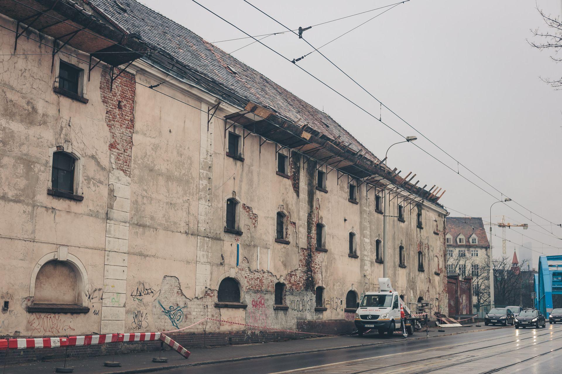 [Wrocław] Spichlerz i urząd celny. Wkrótce start inwestycji w zabytkowych obiektach przy Księcia Witolda