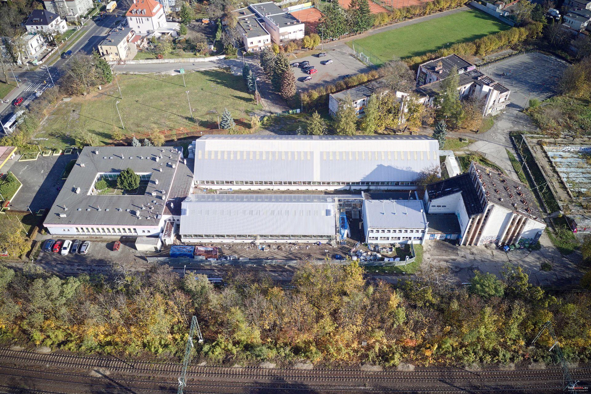 Wrocław: Miasto dopłaca prawie półtora miliona do remontu basenów przy Racławickiej
