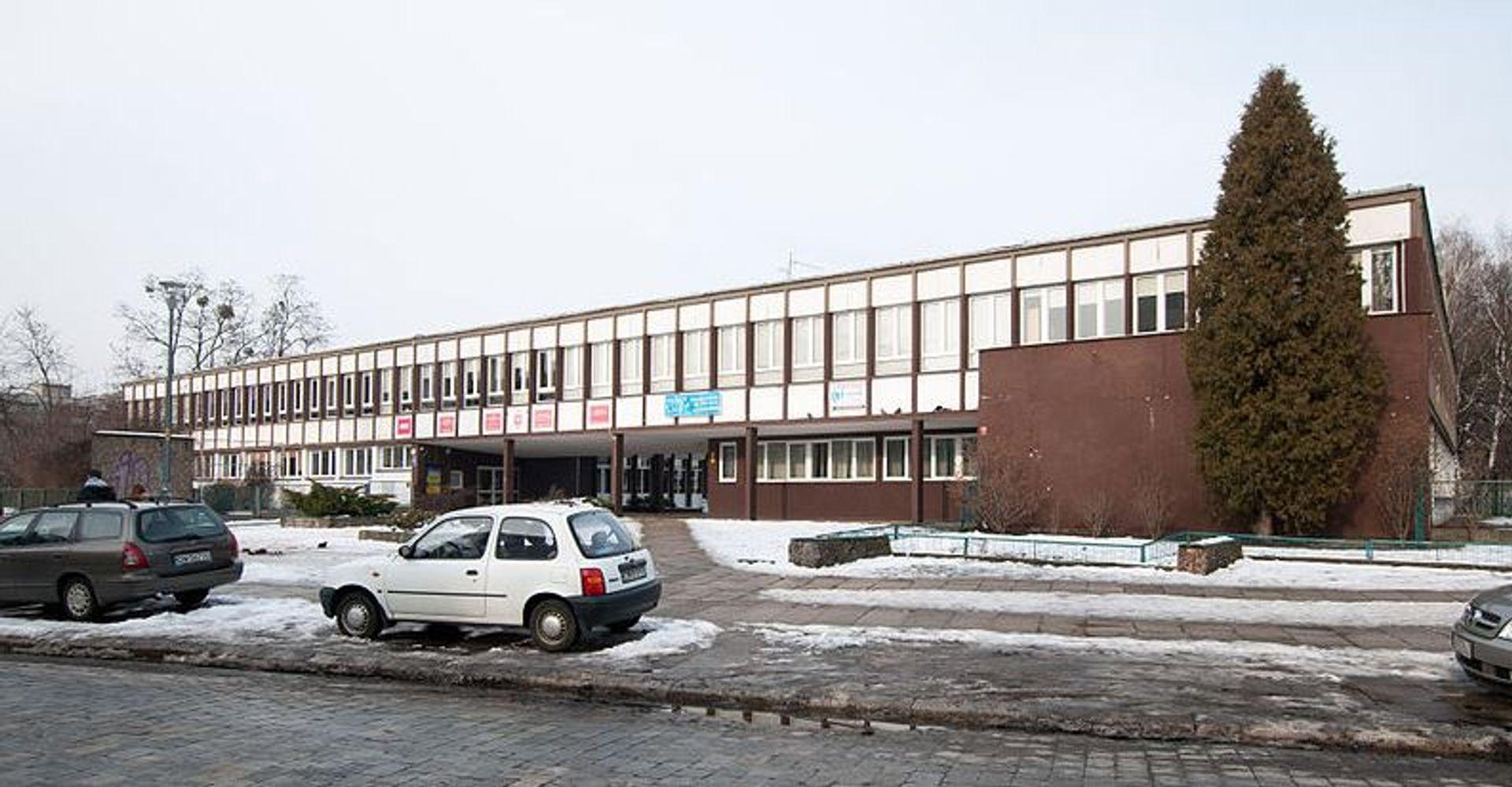 Stary budynek V Liceum Ogólnokształcącego zostanie wyburzony. Co powstanie w jego miejscu?