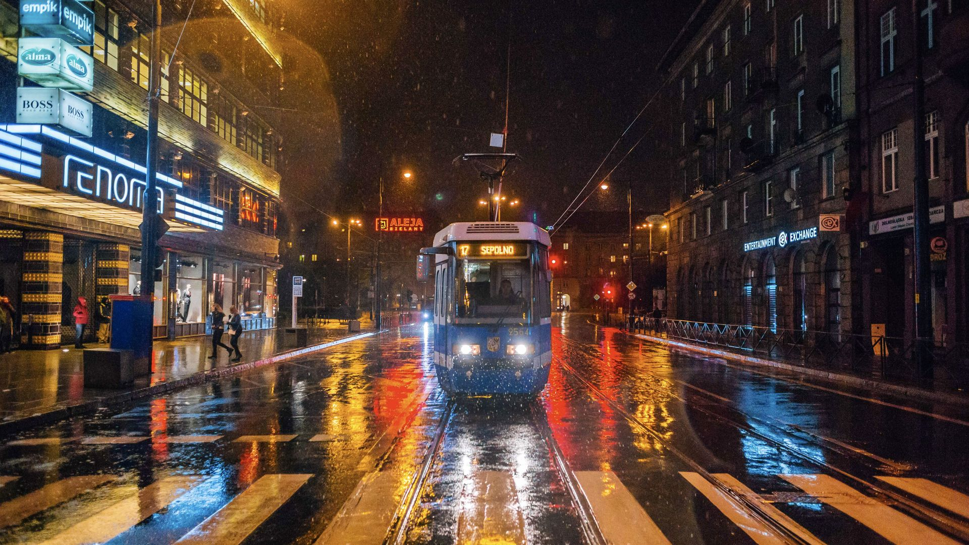 [Wrocław] Będą zmiany na przystankach przy Świdnickiej. Żeby łatwiej się wsiadało
