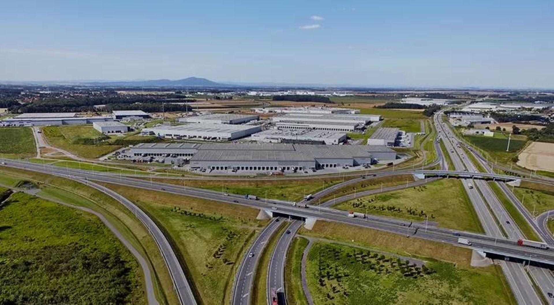 Belgijska firma Katoen Natie zwiększa powierzchnię magazynową pod Wrocławiem