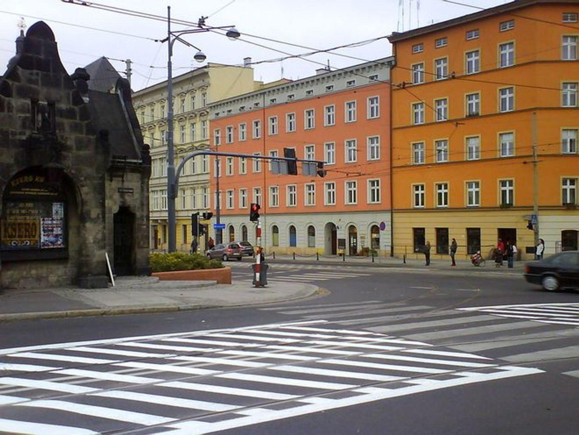 [Wrocław] Oświetlą ulice i niebezpieczne miejsca we Wrocławiu. Zobacz które [LISTA]