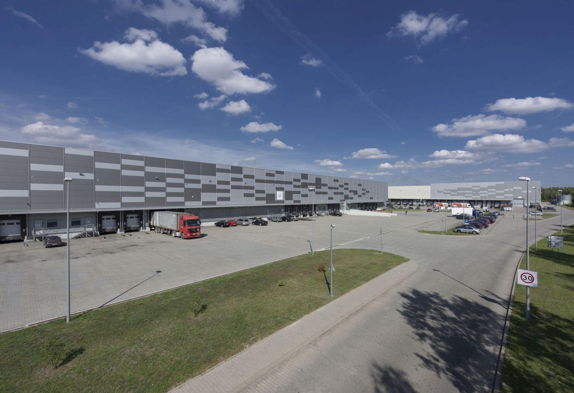 [śląskie] Firma logistyczna rozrasta się w Śląskim Centrum Logistycznym