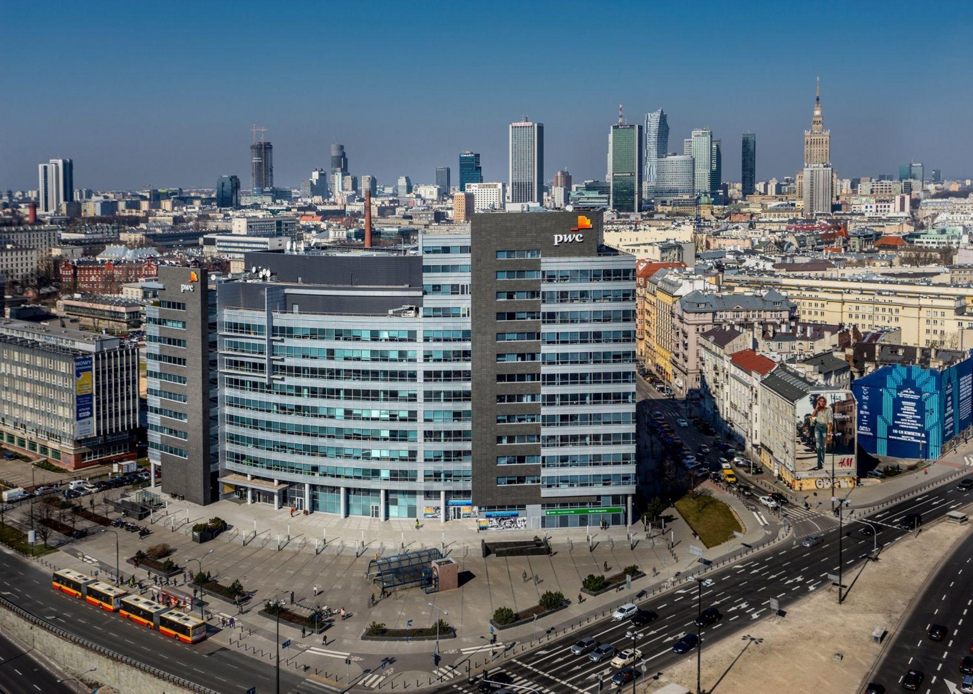 [Warszawa] Deweloper nieruchomości wielofunkcyjnych przeniesie się do biurowca International Business Center w Warszawie