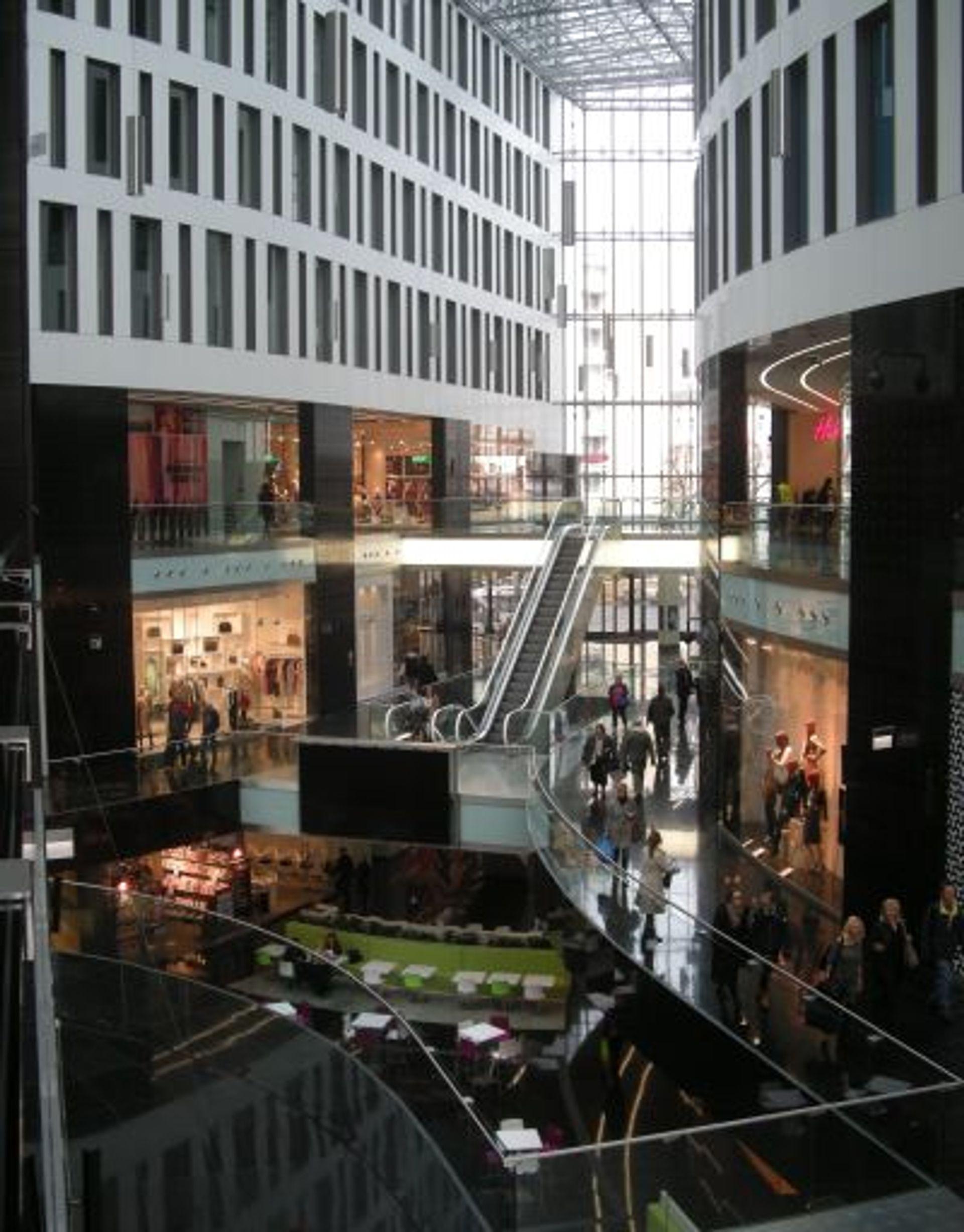 [Warszawa] Warszawski rynek handlowy z potencjałem rozwoju dla nowych projektów
