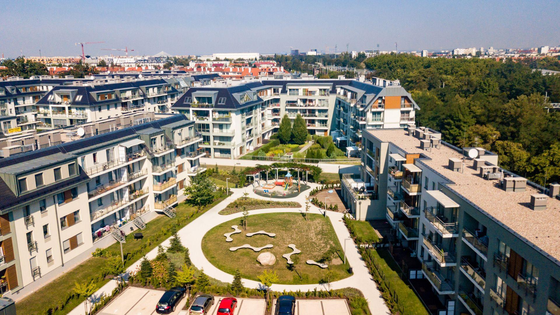 Wrocław: Archicom finiszuje z Ogrodami Hallera. Biurowiec Club House domyka osiedle kompletne