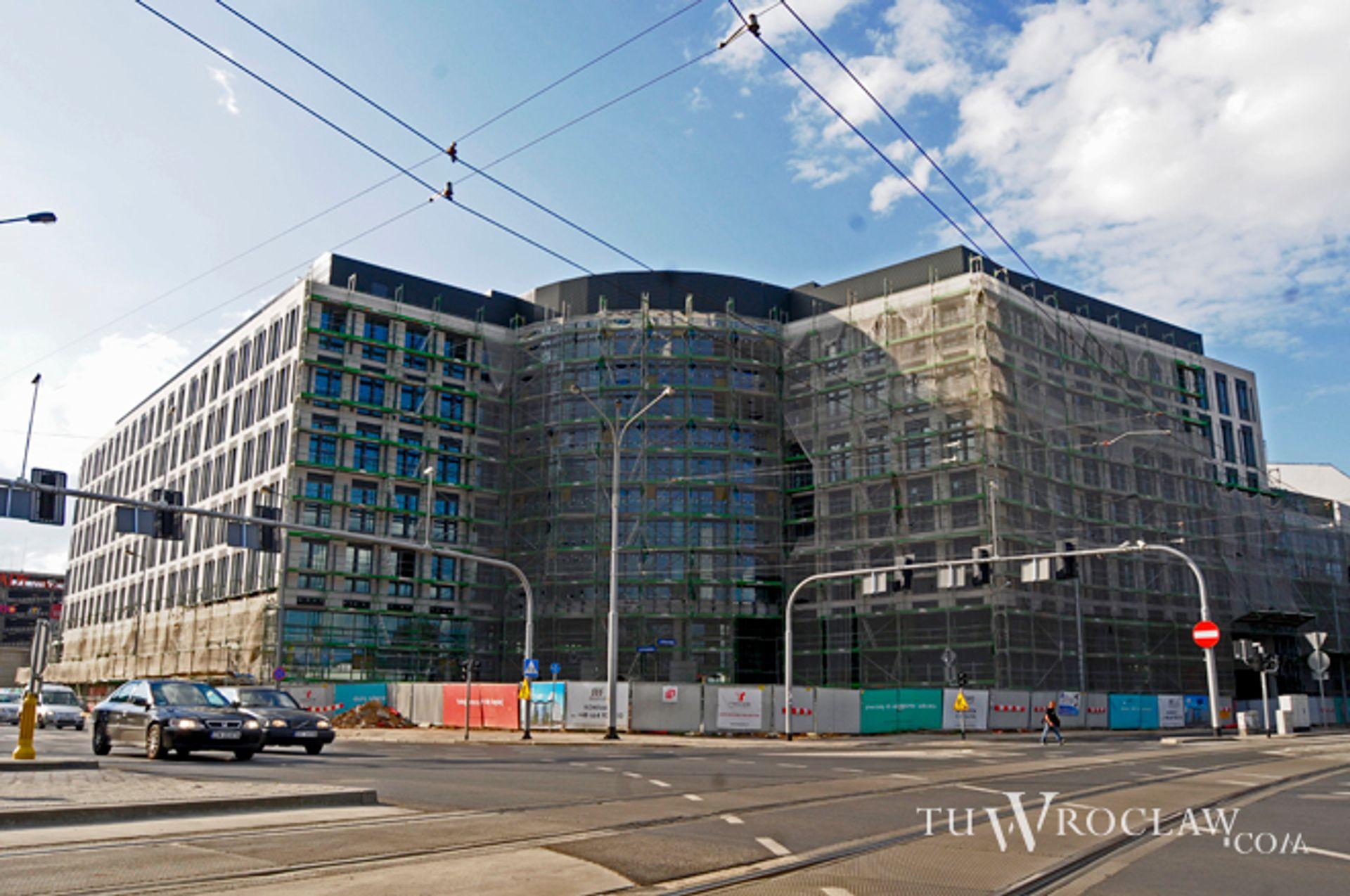 [Wrocław] Blisko 130 tysięcy mkw. biur powstaje we Wrocławiu. Ustępujemy tylko stolicy