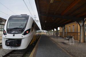 Pierwszy pociąg hybrydowy szykuje się do podróży po Dolnym Śląsku