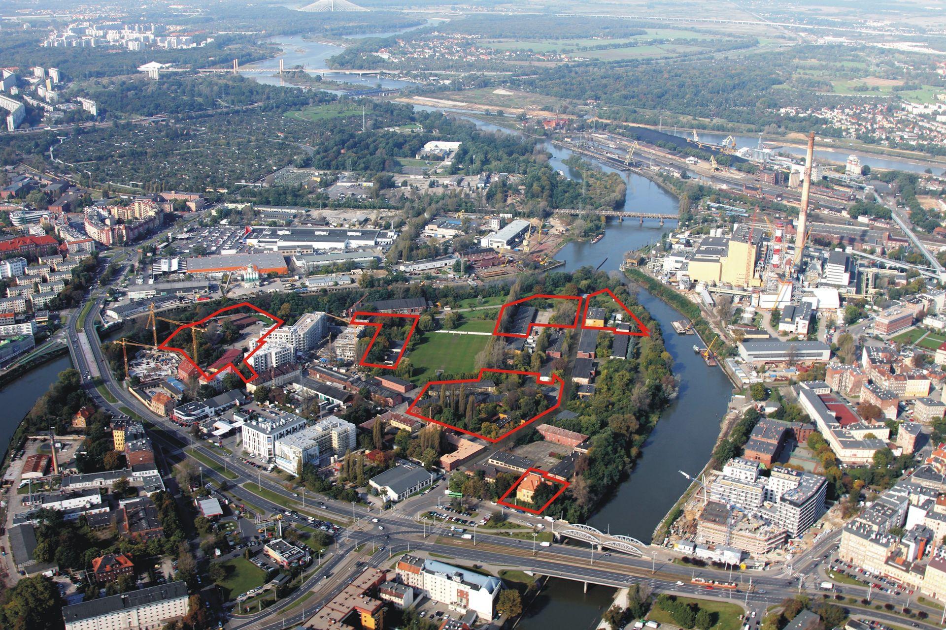 [Wrocław] Deweloperzy kupują wojskowe tereny na Kępie Mieszczańskiej. Ile działek już poszło?