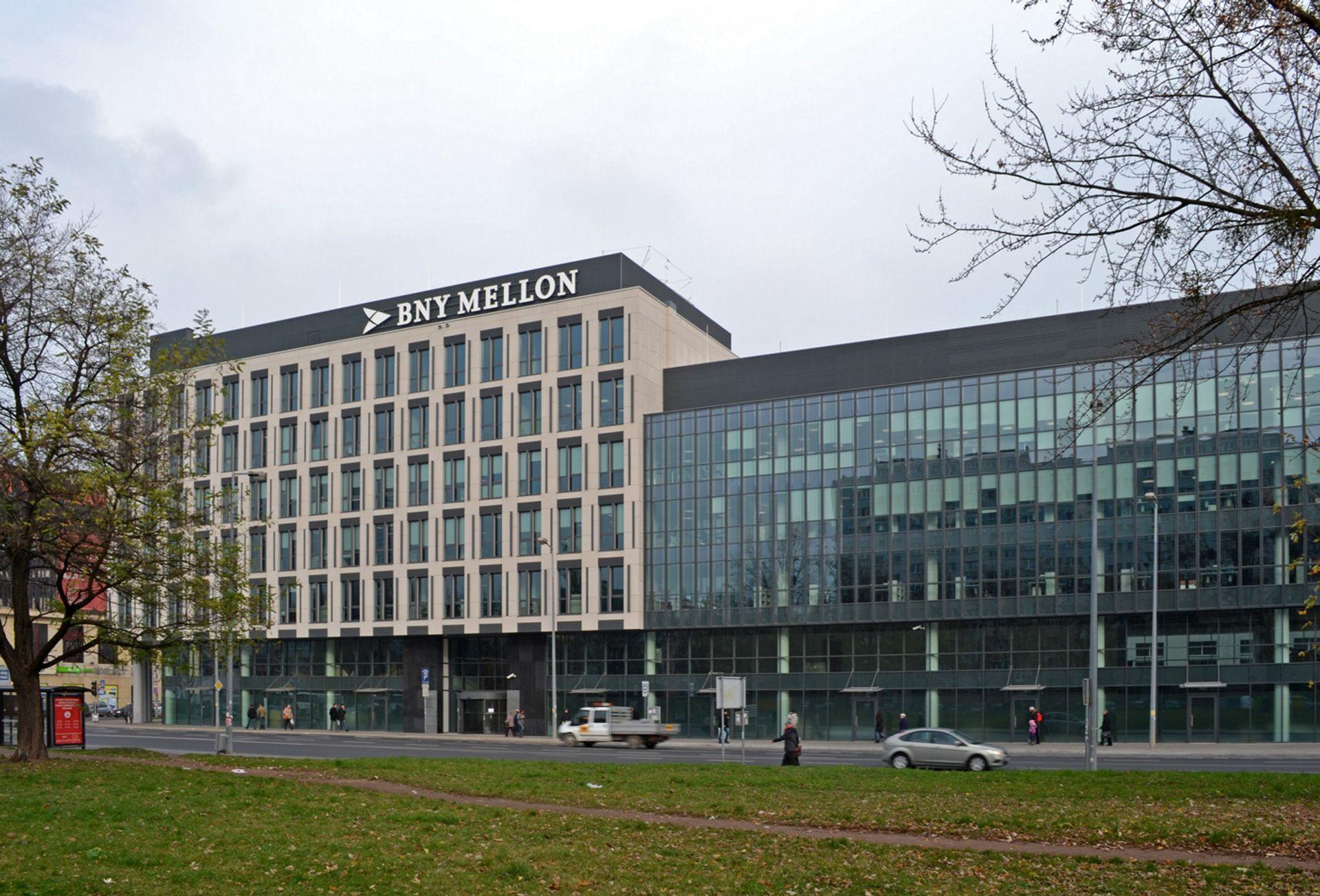 Amerykański BNY Mellon zwiększa zatrudnienie w swoim centrum we Wrocławiu