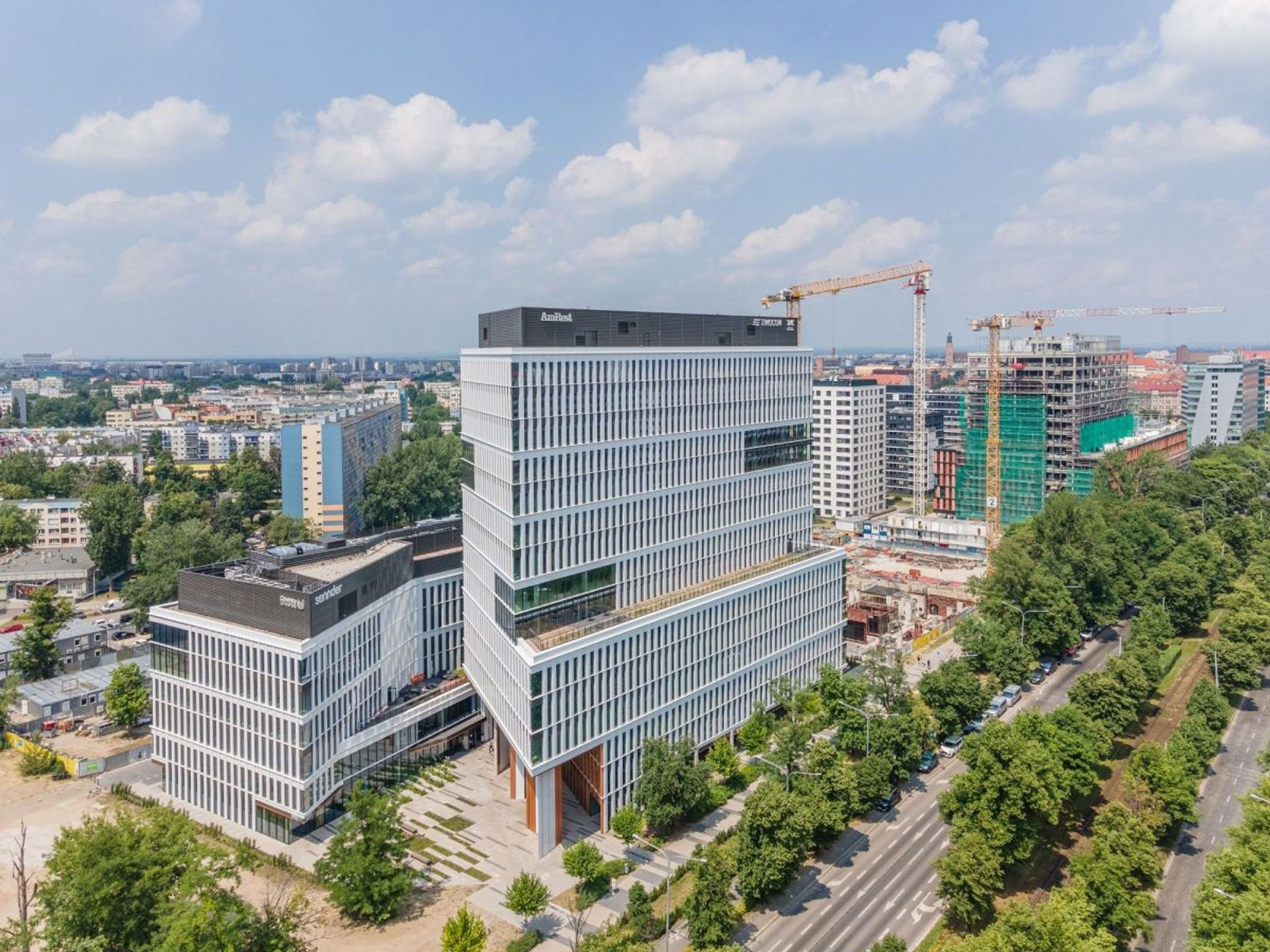 Wrocław: Międzynarodowa szkoła wybrała na siedzibę liceum kompleks biurowy Centrum Południe
