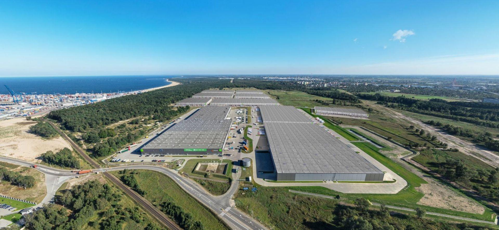 [Gdańsk] Sieć hipermarketów budowlanych weszła do Pomorskiego Centrum Logistycznego w Gdańsku
