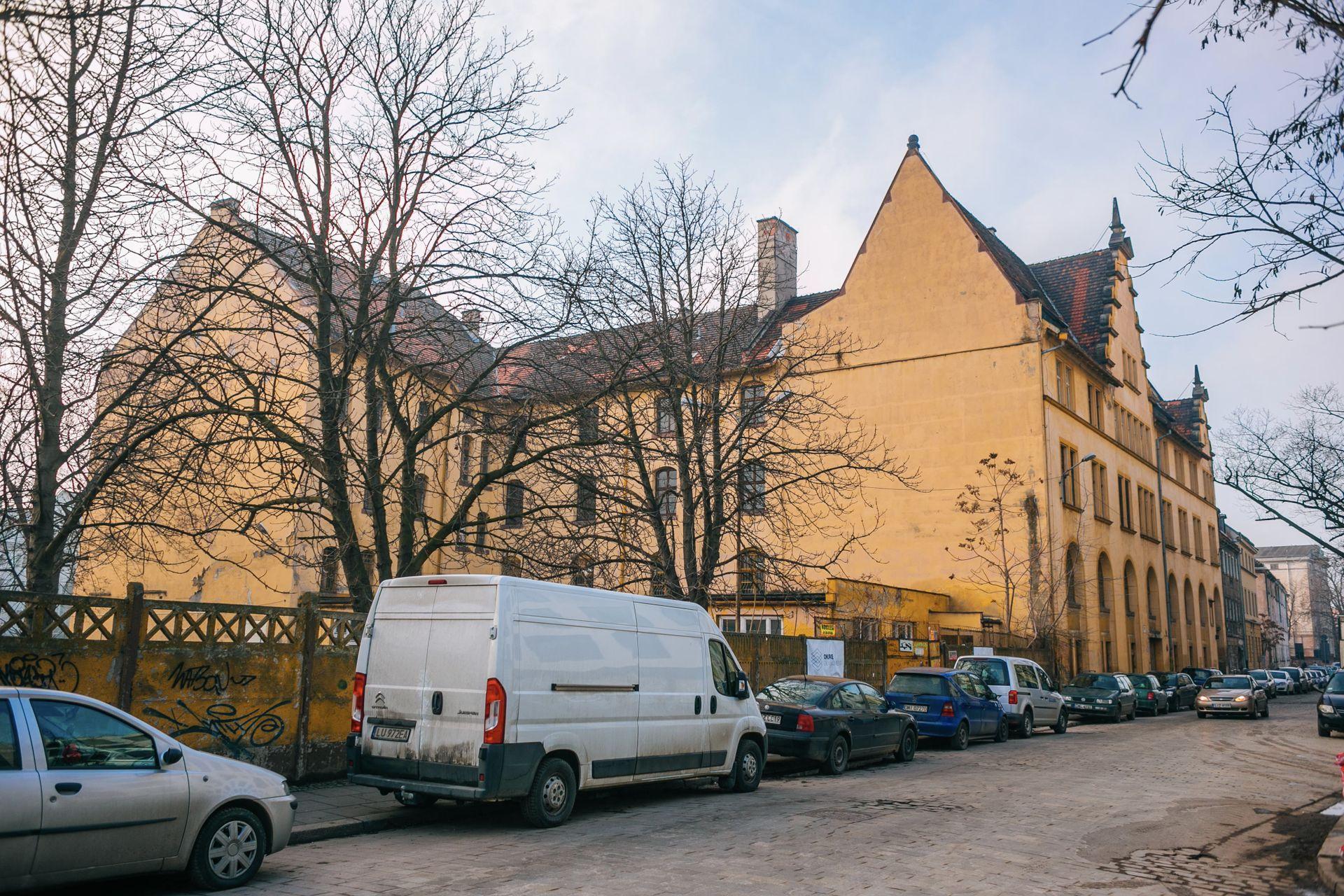 [Wrocław] Urząd celny, spichlerz, piekarnia. Nowe inwestycje w zabytkowych budynkach przy Księcia Witolda